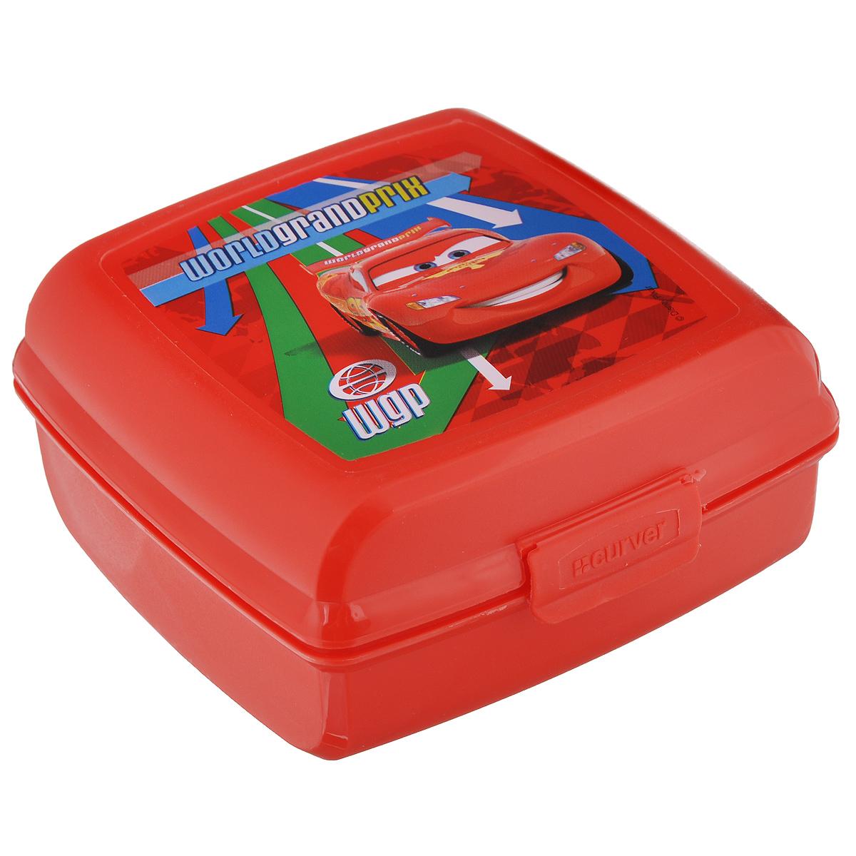 Емкость Curver Multisnap Disney, квадратная, цвет: красный, 0,6 л02276-С06-01_красныйCurver Multisnap Disney - это небольшая емкость, предназначенная для хранения мелких предметов. Выполнена из высококачественного пластика. Емкость имеет пластиковую защелку, предохраняющую содержимое от высыпания. Идеально подходит для хранения мелков, скрепок и других мелких предметов, для которых трудно найти надлежащее место в комнате. Также отлично подходит в качестве емкости для второго завтрака вне дома.