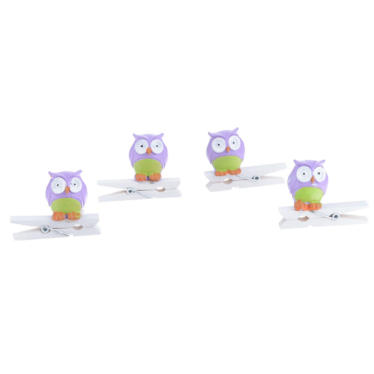 Набор декоративных прищепок Феникс-презент Совушки, 4 шт. 3943739437Набор Феникс-презент Совушки состоит из 4 декоративных прищепок, выполненных из дерева. Прищепки оформлены декоративными фигурками из полирезины в виде сов. Изделия используются для развешивания стикеров на веревке, маленьких игрушек, а оригинальность и веселые цвета прищепок будут радовать глаз и поднимут настроение. Размер прищепки: 4,5 см х 1,5 см х 3,5 см.