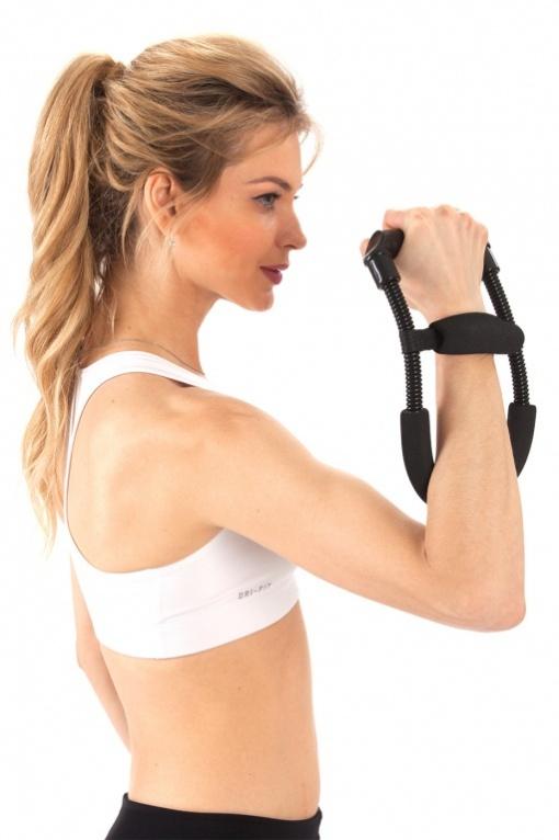 Тренажер для запястья Bradex Железная Хватка. SF 0075SF 0075Специально разработанный тренажер для запястья Bradex Железная хватка идеально подходит для укрепления предплечий и запястий. Укрепление мышц запястий улучшит ваши результаты, избавит от чрезмерной усталости, увеличит силу и выносливость и защитит суставы. Данный тренажер - это эффективный способ нарастить мышечную массу кисти. Легкий и компактный, он идеально подходит для физических упражнений не только дома, вы можете взять его с собой в поездку, не нарушая график тренировок. Он имеет металлическую конструкцию с удобными захватами из прочного пластика и пенополиуретана. Тренажер для запястья Железная хватка поможет вам получить упругие и сильные мышцы кисти и предплечья, так необходимые для занятий боксом, боулингом, теннисом, гольфом, баскетболом и другими видами спорта. Подходит для любого уровня подготовки. Размер регулируемый.