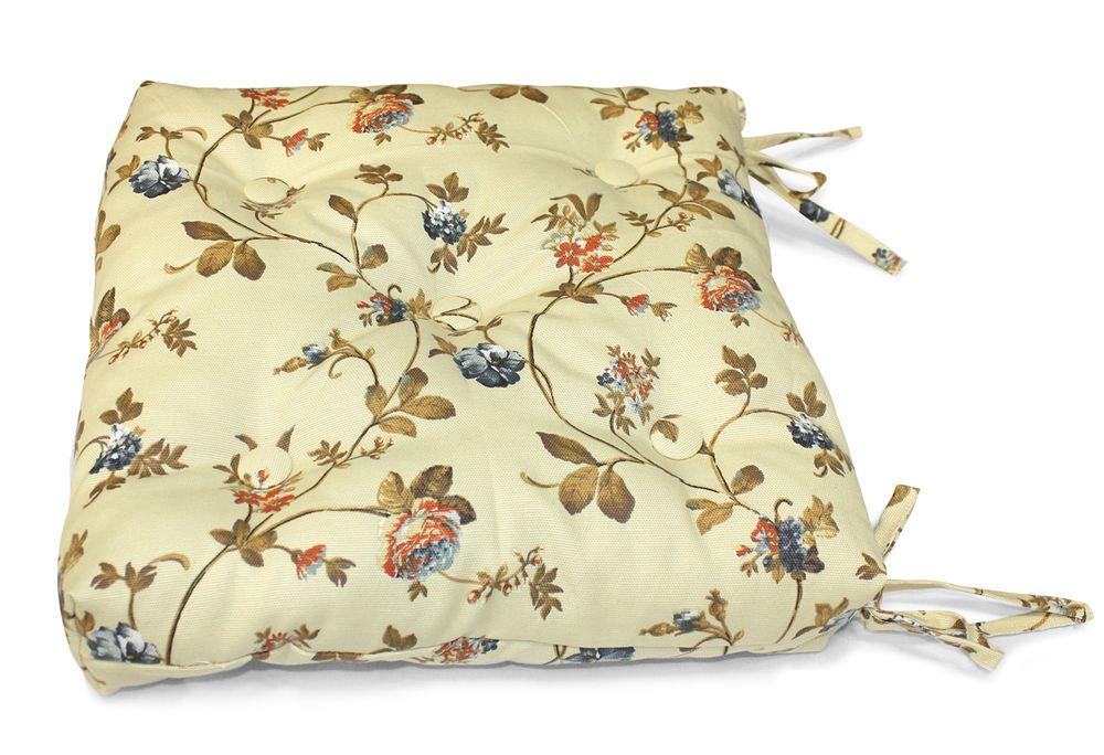 Подушка на стул Флорида, цвет: бежевый, розовый, 40 см х 40 смUN112003660Подушка на стул Флорида выполнена из хлопка и полиэстера с цветочным принтом, наполнена мягким полиэфиром и украшена пятью декоративными пуговицами, обтянутыми тканью. Подушка легко крепится к стулу с помощью четырех завязок. Длина каждой завязки: 32 см. Чехол несъемный. Правильно сидеть - значит сохранить здоровье на долгие годы. Жесткие сидения подвергают наше здоровье опасности. Подушка с наполнителем из полиэфира поможет предотвратить многие беды, которыми грозит сидячий образ жизни.