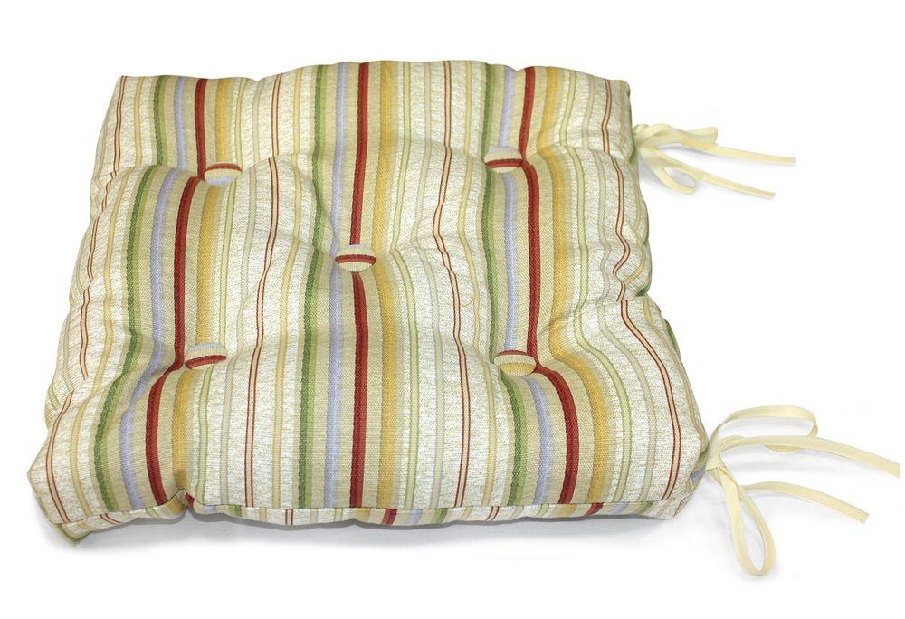 Подушка на стул Модена, цвет: бежевый, красный, 40 см х 40 смUN112007625Подушка на стул Модена выполнена из хлопка и полиэстера с ярким полосатым принтом, наполнена мягким полиэфиром и украшена пятью декоративными пуговицами, обтянутыми тканью. Подушка легко крепится к стулу с помощью четырех завязок. Длина каждой завязки: 32 см. Чехол несъемный. Правильно сидеть - значит сохранить здоровье на долгие годы. Жесткие сидения подвергают наше здоровье опасности. Подушка с наполнителем из полиэфира поможет предотвратить многие беды, которыми грозит сидячий образ жизни.