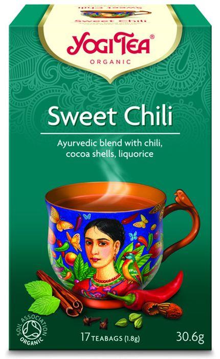 Yogi Tea Sweet Chili травяной чай в пакетиках, 17 шт410604Аюрведическая чайная смесь Yogi Tea Sweet Chil с чили, оболочками какао-бобов и солодкой. Созданный на основе мексиканских традиций этот чай обволакивает вас шоколадным вкусом и успокаивает вашего внутреннего ребёнка. Свежая сладость мяты помогает расслабиться. Перец чили придаёт пряность. Интригующий освежающий чай, который вы можете пить в любое время дня. Девиз этого чая: Обновление и удовлетворение, Учись танцевать, иначе ангелы на небе не будут знать, что им с тобой делать. Мы, люди, являемся целостными существами - с телом, разумом и душой. Для хорошего самочувствия нам необходимо осознанно относиться к питанию, заниматься физическими упражнениями для поддержки нашего тела, а также заботиться о духовном наполнении нашего разума и души. Yogi Tea дарит вдохновение с каждой чашкой чая. С помощью мудрых афоризмов на каждом чайном ярлычке и вдохновляющих йога упражнений на каждой упаковке, мы приглашаем вас обрести баланс вашего тела, души...