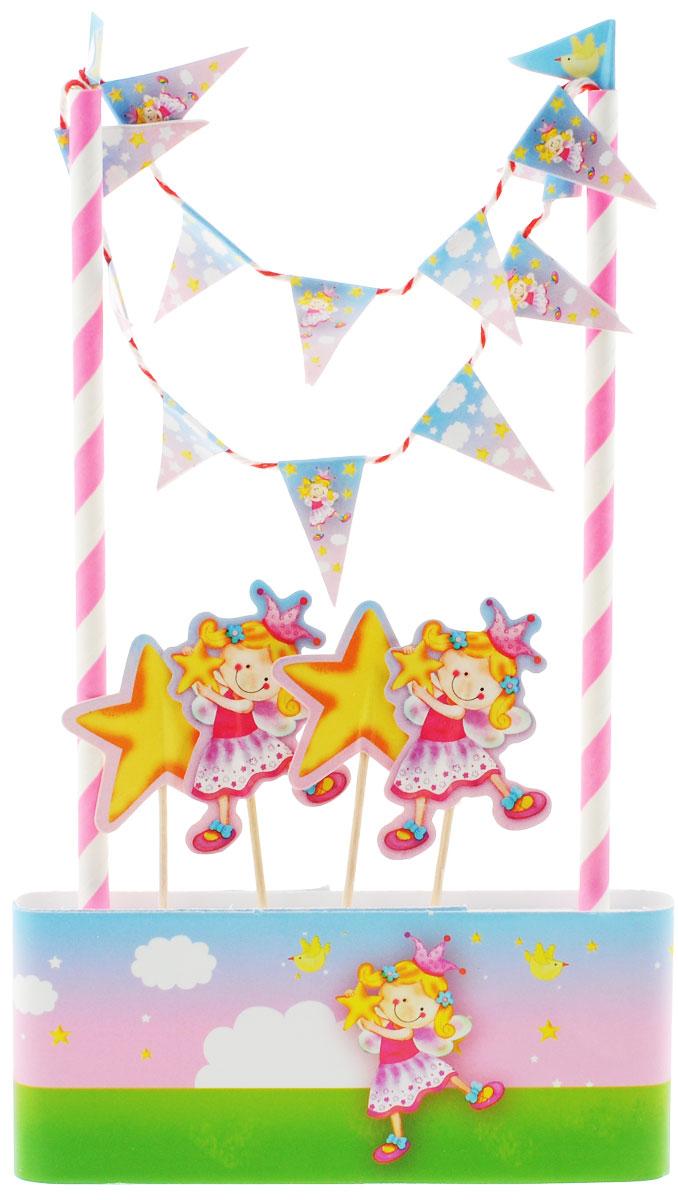 Веселая затея Декор-комплект для украшения торта Звездная Фея1502-1354Так хочется, чтобы на день рождения юной феи торт был испечен мамой! А украсить его быстро и эффектно поможет декор-комплект с птичками, звездами, облаками и порхающей феей! В комплект входит 1 метр кондитерской ленты высотой 5,5 см, которой вы можете обернуть коржи; 2 разноцветных стойки с гирляндой-флажками, которые можно установить на торт; 4 пики со звездами и феей. Одного метра ленты хватает для тортов диаметром до 30 см. Декор-комплект сделает любой торт праздничным без применения дополнительных сладких украшений, а значит, абсолютно полезным и безопасным для малышей!