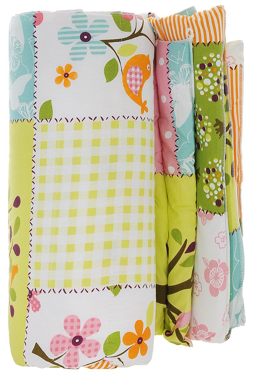 Одеяло Sleeper Дили, наполнитель: силиконизированное волокно, цвет: зеленый, 172 х 200 см20(13)323_зеленое с птицамиЛегкое одеяло Sleeper Дили подарит уют и комфорт во время сна. Чехол одеяла выполнен из микрофибры и оформлен красивым рисунком. Внутри - синтетический наполнитель из силиконизированного волокна (100% полиэстер). Изделия с синтетическим наполнителем имеют хорошую циркуляцию воздуха, быстро восстанавливают форму, они мягкие и упругие, удобны в уходе и эксплуатации. Одеяло очень легкое, удобное и комфортное, оно создаст оптимальный микроклимат в постели - в теплое время года под ним не будет ни холодно, ни жарко. Рекомендации по уходу: - Ручная и машинная стирка при температуре 40°С. - Не гладить. - Не отбеливать. - Сушить при низкой температуре. - Химчистка с использованием углеводорода, хлорного этилена. Размер одеяла: 172 см х 200 см. Материал чехла: микрофибра (100% полиэстер). Материал наполнителя: силиконизированное волокно (100% полиэстер). Масса наполнителя: 0,5 кг.