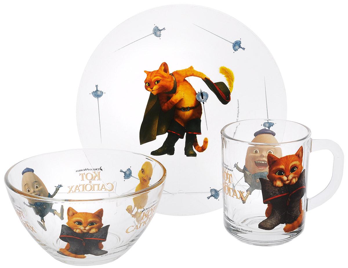 Dream Works Набор посуды Кот в сапогах, 3 предмета11132695Красочный набор посуды Кот в сапогах, выполненный из качественного стекла, идеально подойдет для повседневного использования. В комплект входят: тарелка с диаметром 19,5 см, салатник диаметром 12,5 см и кружка объемом 250 мл. Все предметы выполнены в оригинальном дизайне с изображением героев из мультфильма Кот в сапогах. Набор упакован в коробку из плотного картона.