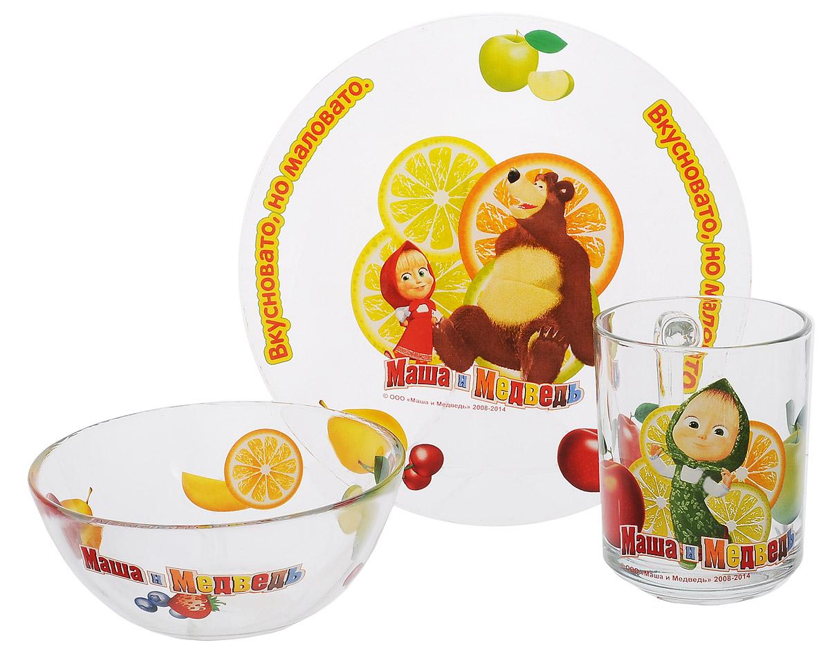 Маша и Медведь Набор посуды Цитрусовый, 3 предмета9559008Красочный набор посуды Маша и Медведь. Цитрусовый, выполненный из качественного стекла, идеально подойдет для повседневного использования. В комплект входят: тарелка диаметром 19 см, пиала объемом 500 мл и кружка объемом 250 мл. Все предметы выполнены в оригинальном дизайне с изображением забавных героев из мультфильма Маша и Медведь. Набор упакован в коробку из плотного картона. Набор посуды непременно доставит массу удовольствия своему обладателю. Допустимо использование в посудомоечной машине и СВЧ. Рекомендуется для детей от: 3 лет.
