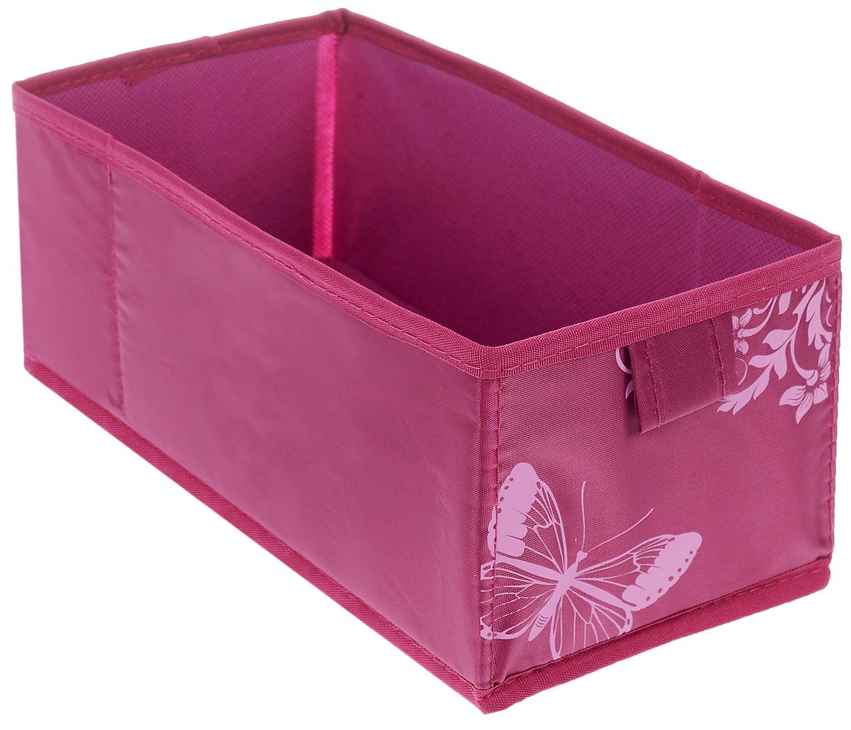 Коробка для хранения Hausmann Butterfly, цвет: фуксия, 13 х 27 х 12,5 см4P-107-4С_фуксияКоробка для хранения Hausmann поможет легко организовать пространство в шкафу или в гардеробе. Изделие выполнено из нетканого материала и полиэстера. Коробка держит форму благодаря жесткой вставке из картона, которая устанавливается на дно. Боковая поверхность оформлена красивым принтом и изображением бабочки. В такой коробке удобно хранить нижнее белье, ремни и различные аксессуары.
