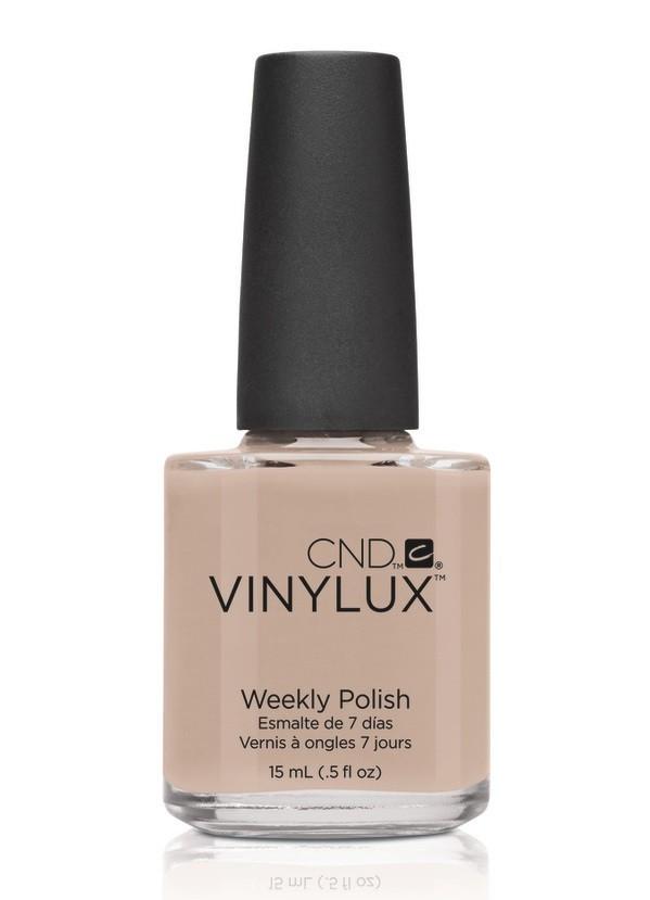 CND Винилюкс Профессиональный недельный лак VINYLUX, #136 Powder My Nose, 15 мл9899Лак VINYLUX™ – это, в первую очередь, лак, отвечающий современным требованиям. Он маркирован значком 3Free, который говорит об отсутствии в его составе таких вредных компонентов, как дибутилфталат, толуол, формальдегид и его смол. Vinylux (винилюкс) - это двухступенчатая система нанесения лака, состоящая из цветного покрытия и закрепителя. Благодаря инновационной технологии ваш маникюр станет более совершенным, а процесс еего выполнения еще более быстрым. Больше не нужно использовать базу, самоклеющийся состав цветного покрытия не содержит вредных веществ и одновременно обеспечивает защиту вашим ногтям. Закрепитель позволяет лаку держаться на ногтях неделю без сколов и царапин. Vinylux высыхает за восемь с половиной минут и не требует использования UV-лампы. Сейчас насчитывается 62 модных цвета покрытия, включая более 30 цветов, которые совпадают с популярными оттенками CND Shellac. Новинка от CND Vinylux - это более стойкое, блестящее покрытие, которое держится неделю. Расход...