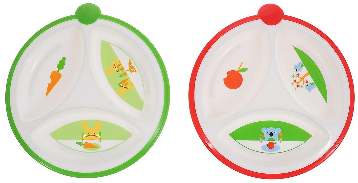 Dr.Browns Тарелка трехсекционная, цвет: зеленый, красный, 2 шт725_зеленый, красныйТарелка трехсекционная Dr.Browns изготовлена из высококачественного безопасного материала. Имеет нескользящее основание и круглую прорезиненную ручку с одной стороны. Питание в такой тарелке не смешивается за счет идеальных размеров секций, а специальная форма краев облегчает кормление малыша. Дно тарелок украшено изображением забавных зверюшек. Набор состоит из двух ярких цветных тарелочек. Диаметр тарелки: 17 см.