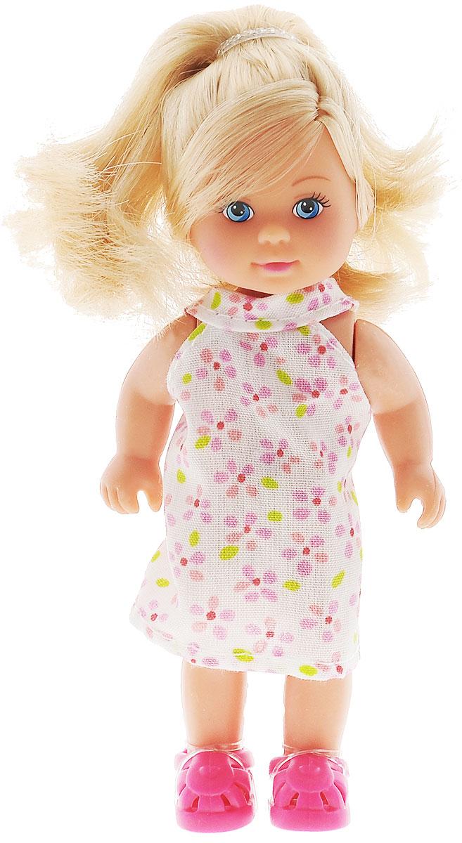 Simba Игровой набор Еви в чемоданчике5733134_блондинка, розовый, платьеИгровой набор Simba Еви в чемоданчике не оставит равнодушной ни одну девочку. Набор включает в себя куклу и чемоданчик, который одновременно является и упаковкой. Чемоданчик имеет выдвижную ручку, колеса вращаются. Куколка с длинными светлыми волосами одета в белое платье в розово-салатовую крапинку, на ногах - розовые тапочки. Благодаря маленьким размерам элементов набора ваша малышка сможет брать его с собой на прогулку или в гости. Порадуйте ее таким замечательным подарком!