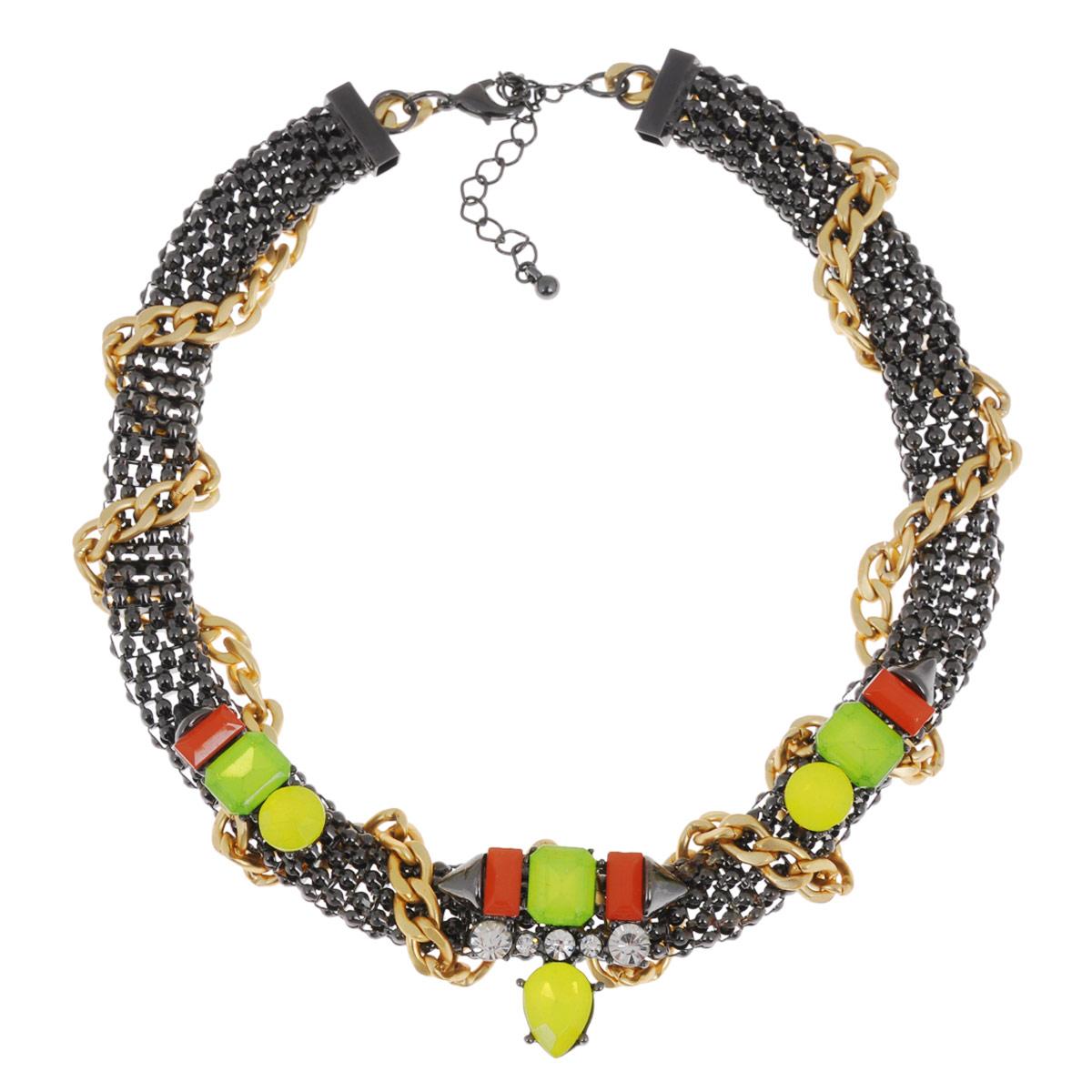 Колье Avgad, цвет: антрацитовый, зеленый, оранжевый. H-477S824H-477S824Элегантное ожерелье Avgad выполнено из ювелирного сплава и дополнено тремя оригинальными элементами, которые оформлены вставками из ювелирного стекла. Ожерелье застегивается на практичный замок-карабин, длина изделия регулируется за счет дополнительных звеньев. Такое ожерелье позволит вам с легкостью воплотить самую смелую фантазию и создать собственный, неповторимый образ.