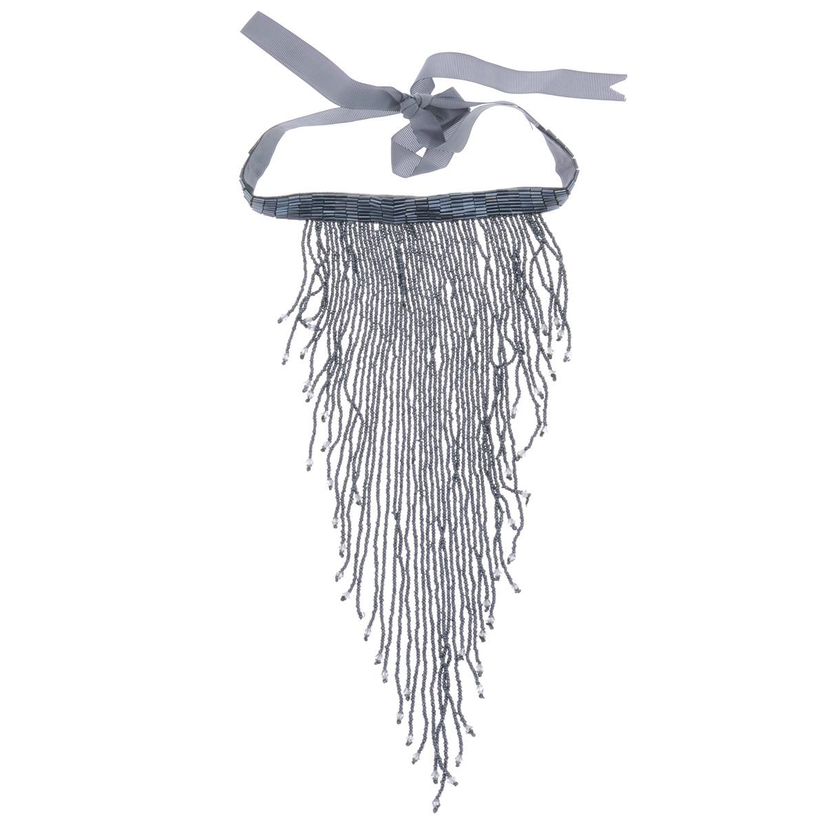 Ожерелье Avgad, цвет: серебристый. H-477S836H-477S836Элегантное ожерелье Avgad выполнено из текстиля и дополнено стеклярусом и ниспадающими рядами нитей с бисером. Ожерелье завязывается на бант, длина изделия регулируется за счет текстильной части. Такое ожерелье позволит вам с легкостью воплотить самую смелую фантазию и создать собственный, неповторимый образ.
