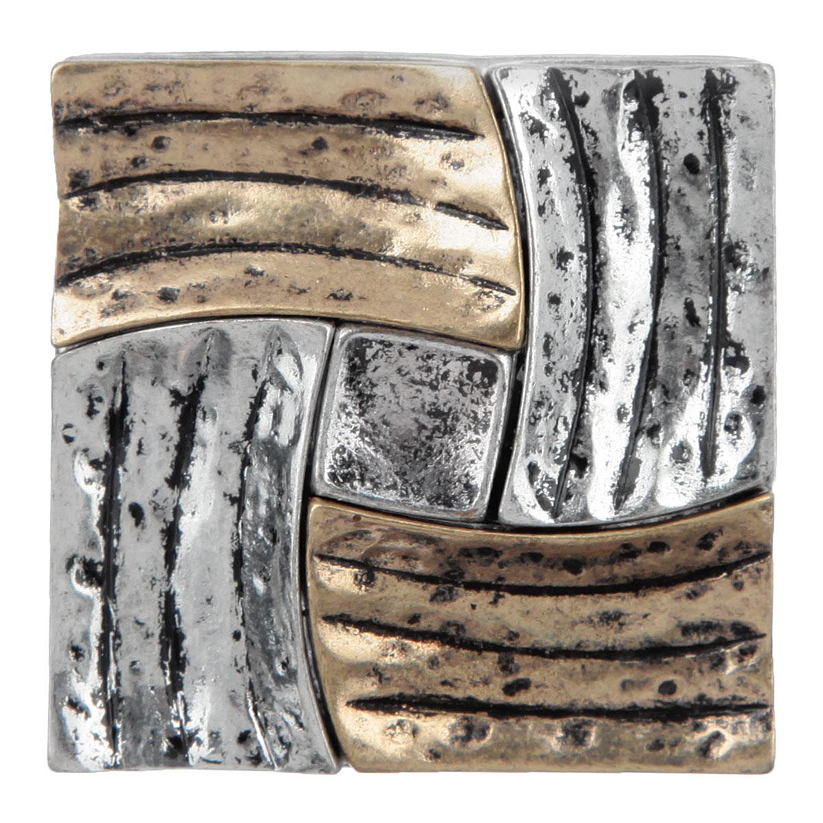 Кольцо Avgad, цвет: серебристый. EA178JW171EA178JW171Оригинальное кольцо Avgad в восточном стиле выполнено из ювелирного сплава позволит вам с легкостью создать собственный, неповторимый образ. Элементы соединены с помощью тонкой резинки, благодаря этому оно легко одевается и снимается. Размер универсальный.