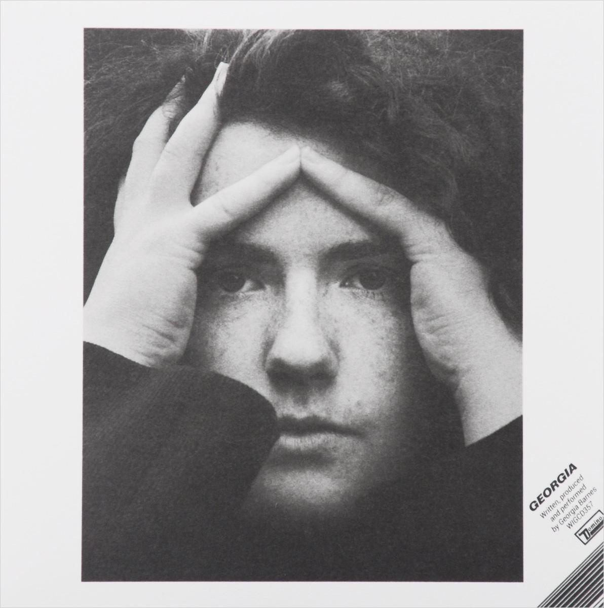 Издание содержит плакат размером 60 см x 60 см с фотографией и текстами песен на английском языке, а также секретный код для загрузки цифровой версии альбома.