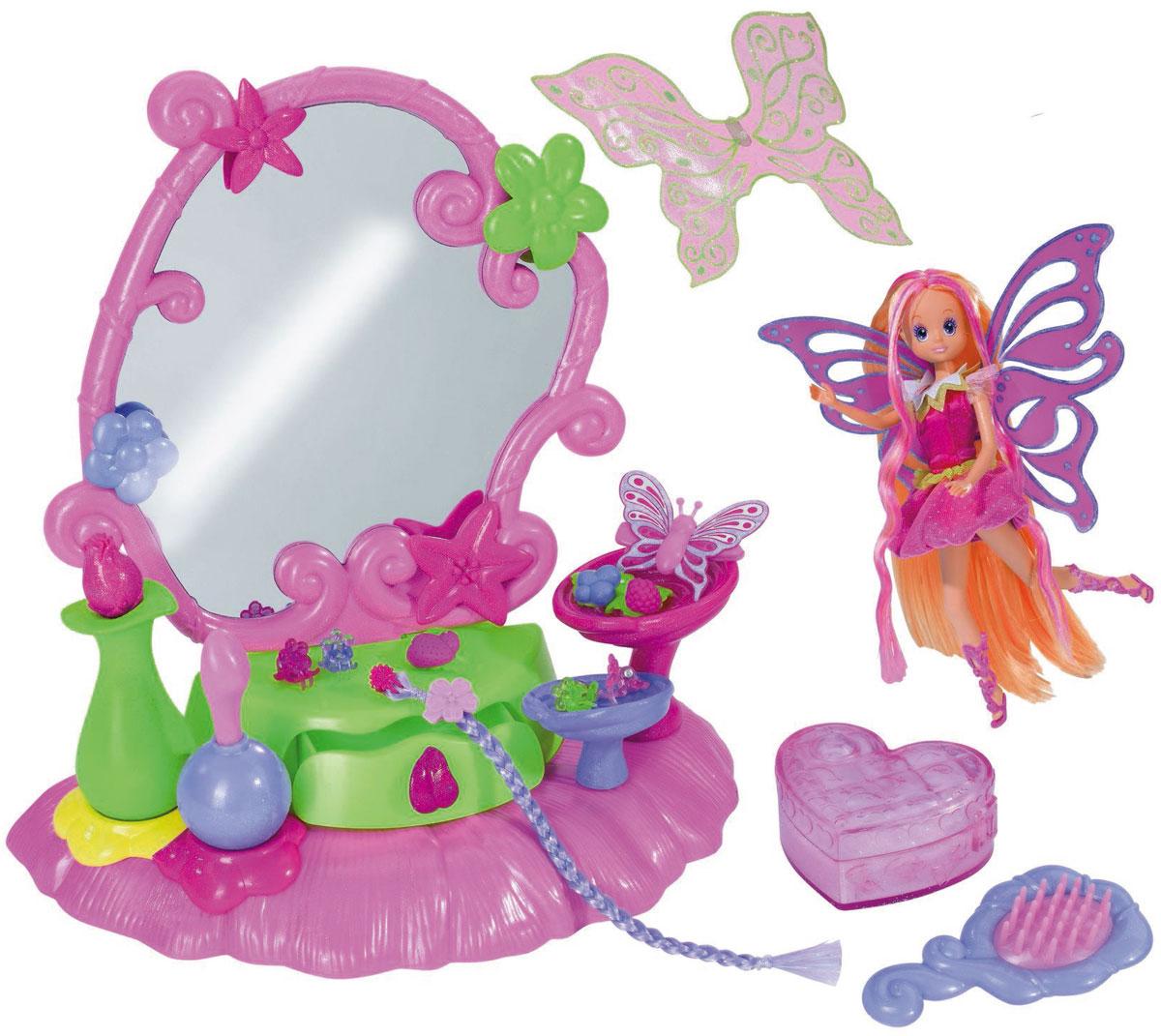 Simba Игровой набор с куклой Dream Fairies5519314Игровой набор Игровой набор Фея и столик с украшениями привлечет внимание вашей малышки и не позволит ей скучать. Ваша маленькая принцесса хочет всегда быть самой привлекательной? Тогда ей обязательно понадобится набор Фея и столик с украшениями. Комплект включает в себя большое зеркало, в котором спрятан секретный тайник и дополнительные аксессуары, которые помогут девочке сделать себе новую прическу и маникюр. Ребенок сможет не только играть в маму перед своим собственным туалетным столиком, но и учиться плести косы, подбирать аксессуары, создавать оригинальный образ, используя в качестве наглядного пособия свою новую волшебную куклу-фею в праздничном платьице и с парой резных крылышек (входит в набор). Благодаря играм с куклой ваша малышка сможет развить фантазию и любознательность, овладеть навыками общения и научиться ответственности. Порадуйте свою принцессу таким прекрасным подарком!
