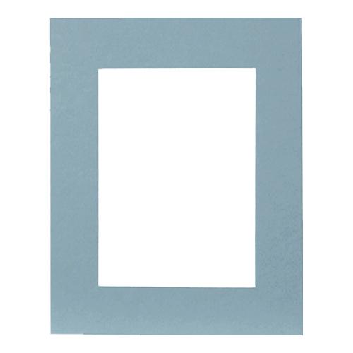 Паспарту Василиса, цвет: голубой, 24 см х 30 см580564Паспарту Василиса, изготовленное из плотного картона, предназначено для оформления художественных работ и фотографий. Оно располагается между багетной рамой и изображением, делая акцент на фотографии, усиливая ее визуальное восприятие. Кроме того, на паспарту часто располагают поясняющие подписи, автограф изображенного. Внешний размер: 24 см х 30 см. Внутренний размер: 15,7 см х 21,5 см.