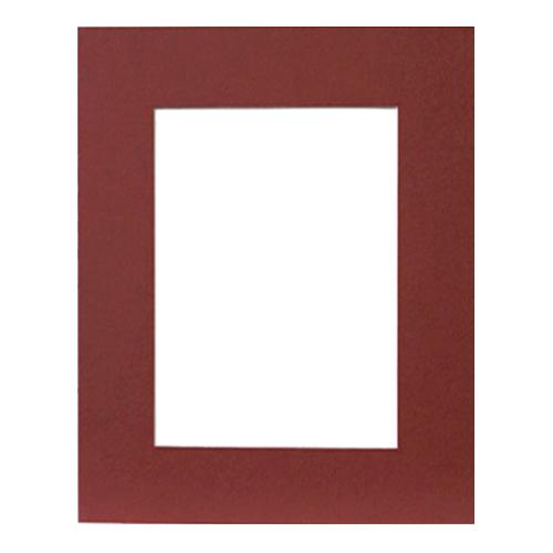 Паспарту Василиса, цвет: бордовый, 24 см х 30 см580568Паспарту Василиса, изготовленное из плотного картона, предназначено для оформления художественных работ и фотографий. Оно располагается между багетной рамой и изображением, делая акцент на фотографии, усиливая ее визуальное восприятие. Кроме того, на паспарту часто располагают поясняющие подписи, автограф изображенного. Внешний размер: 24 см х 30 см. Внутренний размер: 15,7 см х 21,5 см.