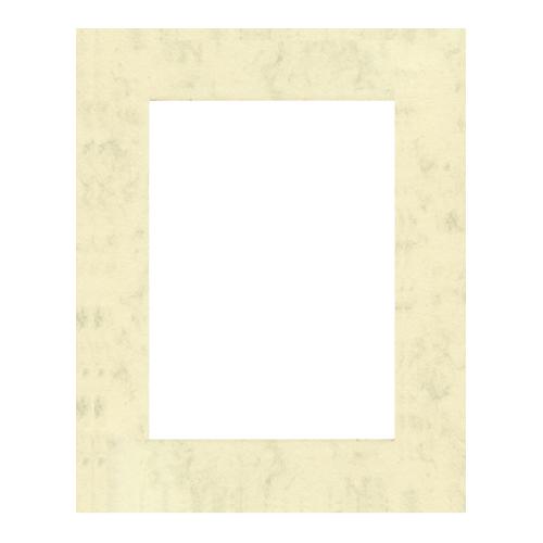 Паспарту Василиса, цвет: светло-бежевый, 21,5 х 15,7 см580641Паспарту Василиса, изготовленное из плотного картона, предназначено для оформления художественных работ и фотографий. Оно располагается между багетной рамой и изображением, делая акцент на фотографии, усиливая ее визуальное восприятие. Кроме того, на паспарту часто располагают поясняющие подписи, автограф изображенного. Внешний размер: 30 см х 24 см. Внутренний размер: 21,5 см х 15,7 см.