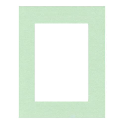 Паспарту Василиса, цвет: мятный, 21 х 30 см580900Паспарту Василиса, изготовленное из плотного картона, предназначено для оформления художественных работ и фотографий. Оно располагается между багетной рамой и изображением, делая акцент на фотографии, усиливая ее визуальное восприятие. Кроме того, на паспарту часто располагают поясняющие подписи, автограф изображенного. Внешний размер: 21 см х 30 см. Внутренний размер: 13 см х 22 см.