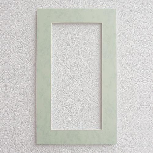 Паспарту Василиса, цвет: бело-голубой, 22 см х 38 см581091Паспарту Василиса, изготовленное из плотного картона, предназначено для оформления художественных работ и фотографий. Оно располагается между багетной рамой и изображением, делая акцент на фотографии, усиливая ее визуальное восприятие. Кроме того, на паспарту часто располагают поясняющие подписи, автограф изображенного. Внешний размер: 22 см х 38 см. Внутренний размер: 14 см х 30 см.