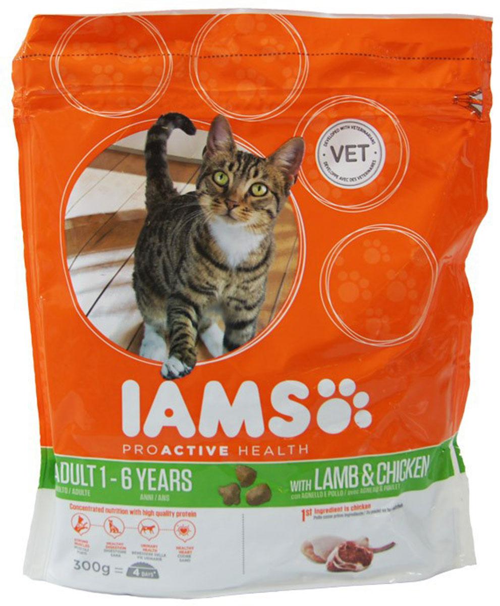Корм сухой Iams Adult для взрослых кошек, с ягненком и курицей, 300 г81055199Сухой корм Iams Adult является полноценным сбалансированным питанием для взрослых кошек возрастом от 1 до 7 лет с новозеландским ягненком и курицей. Не содержит искусственных красителей, консервантов и вкусовых добавок. Iams дает вашей кошке все необходимые питательные вещества для поддержания все 7 признаков здорового животного: - Хорошее пищеварение: особая смесь клетчатки, включая пребиотики и пульпу сахарной свеклы, поддерживает способность всасывания необходимых питательных веществ в пищеварительной системе вашей кошки. - Сильная иммунная система: корм обогащен антиоксидантами, которые способствуют поддержанию сильной иммунной системы. - Здоровые зубы: каждый раз при смыкании челюстей хрустящие гранулы корма очищают зубы вашей кошки, что уменьшает образование зубного камня, который может являться причиной зловонного дыхания. - Сильная мускулатура: высококачественный белок помогает поддерживать мышцы вашей кошки в тонусе. - Здоровая кожа и...
