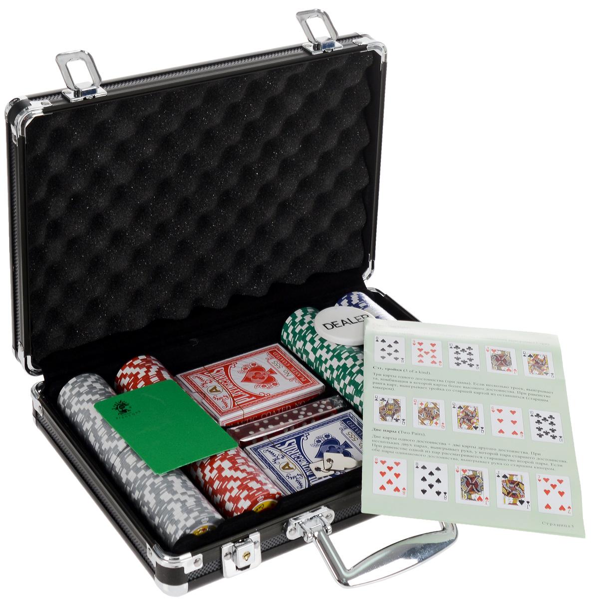 Набор для покера Crown 200. УТ-00000440УТ-00000440Набор для игры в покер - то, что нужно для отличного проведения досуга. Набор состоит из двух колод игральных карт, 200 игровых пластиковых фишек c номиналами, фишки Dealer, подрезной карты, кубиков и инструкции. Набор фишек состоит из 50 фишек белого цвета номиналом 1, 50 фишек красного цвета номиналом 5, 50 фишек зеленого цвета номиналом 10, 25 фишек синего цвета номиналом 50 и 25 фишек черного цвета номиналом 100. Предметы набора хранятся в черном металлическом кейсе, который закрывается на ключик. Для удобства переноски на кейсе имеется ручка. Такой набор станет отличным подарком для любителей покера. Покер (англ. poker) - карточная игра, цель которой - выиграть ставки, собрав как можно более высокую покерную комбинацию, используя 5 карт, или вынудив всех соперников прекратить участвовать в игре. Игра идет с полностью или частично закрытыми картами. Покер как карточная игра существует более 500 лет. Зародился он в Европе: в Испании, Франции, Италии....