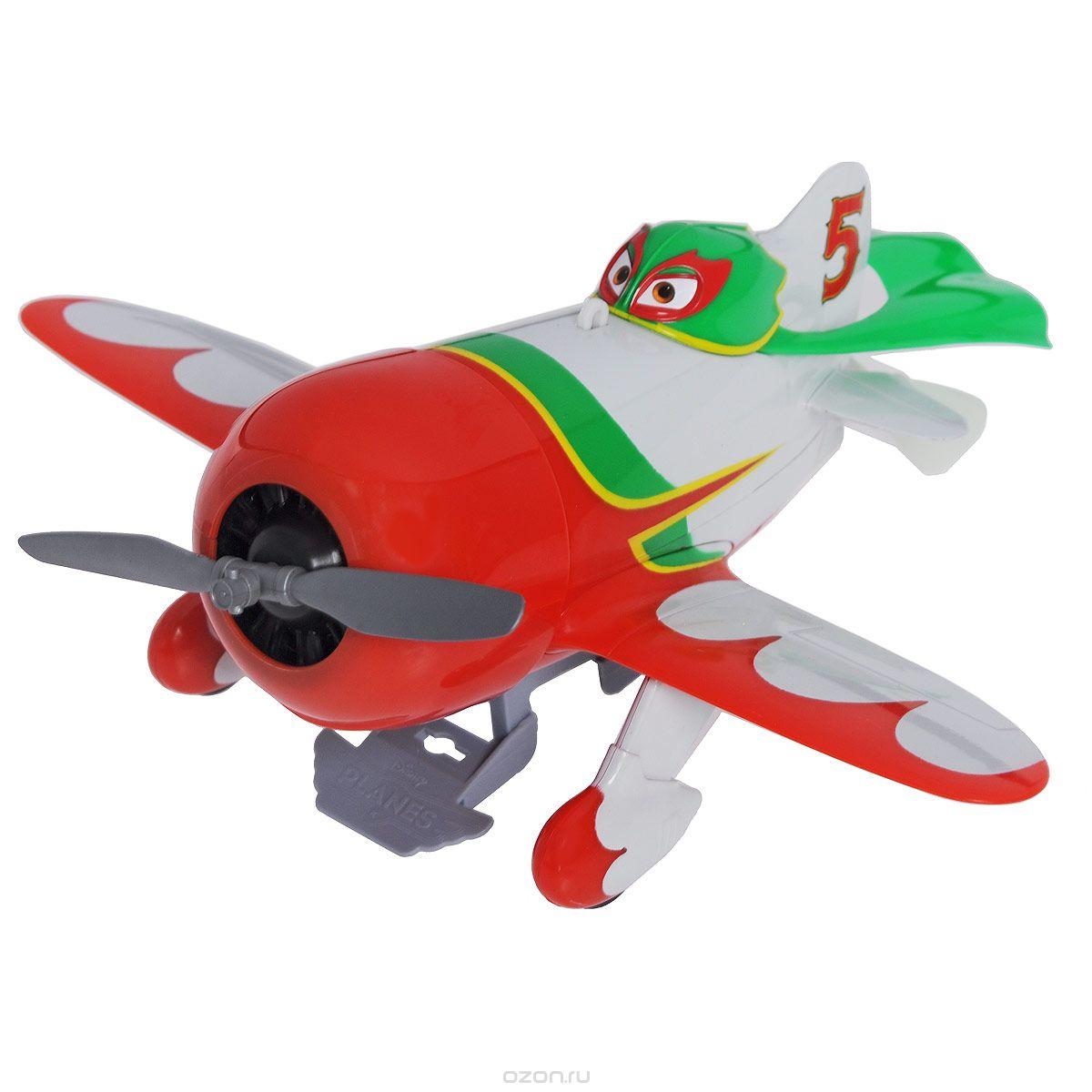 Planes Самолет Chupacabra, подвешиваемый к потолку3089807 (красный-зеленый-белый)Самолет Planes Chupacabra несомненно развлечет вашего ребенка. Самолетик выполнен из прочного пластика в виде Чупакабры, героя популярного мультфильма Planes (Самолеты). С помощью специального крепления с леской он подвешивается к потолку. В комплект входит схематичная инструкция на русском языке по эксплуатации игрушки. Ваш ребенок с удовольствием будет наблюдать за захватывающим полетом чемпиона Кругосветной Гонки. Порадуйте его таким замечательным подарком! Необходимо купить 1 батарейку напряжением 1,5V типа АА (не входит в комплект). Элементы крепления к потолку в комплект не входят.