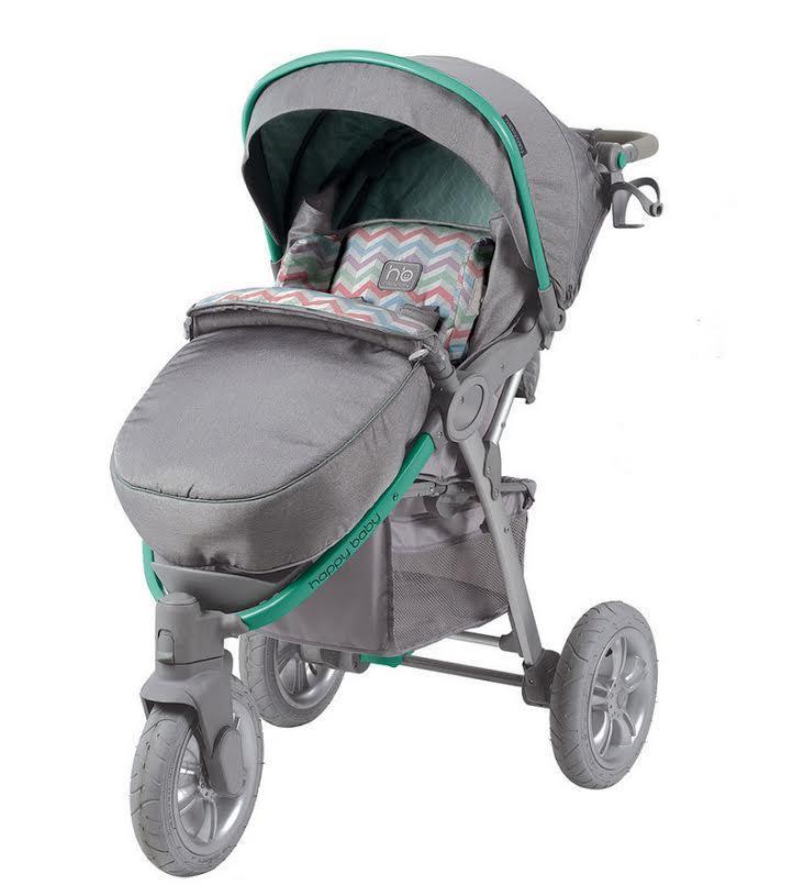 Коляска Happy Baby Neon Sport Green4690624015007Прогулочная коляска Happy Baby Neon Sport с 5-точечными ремнями безопасности - это практичная и удобная коляска, отличающаяся устойчивостью и маневренностью. Регулируемая в трех положениях спинка и вкладка из мягкого приятного на ощупь материала обеспечивает максимальный комфорт для малыша. Объемный капюшон со смотровым окошком опускается до бампера, благодаря чему малыш будет защищен от солнечных лучей или дождя. Подставка для бутылочек на уровне рук взрослого облегчит процесс кормления. Ручки коляски регулируются в зависимости от роста взрослого. Коляска снабжена тремя надувными колесами, переднее поворотное колесо оснащено фиксатором. Коляска складывается одной рукой, а благодаря легкой алюминиевой раме процесс переноски не кажется бесконечным. Большая практичная корзина для покупок позволит перевозить с собой необходимые вещи. В комплект также входят москитная сетка, дождевик, чехол на ножки и сумка для мамы.