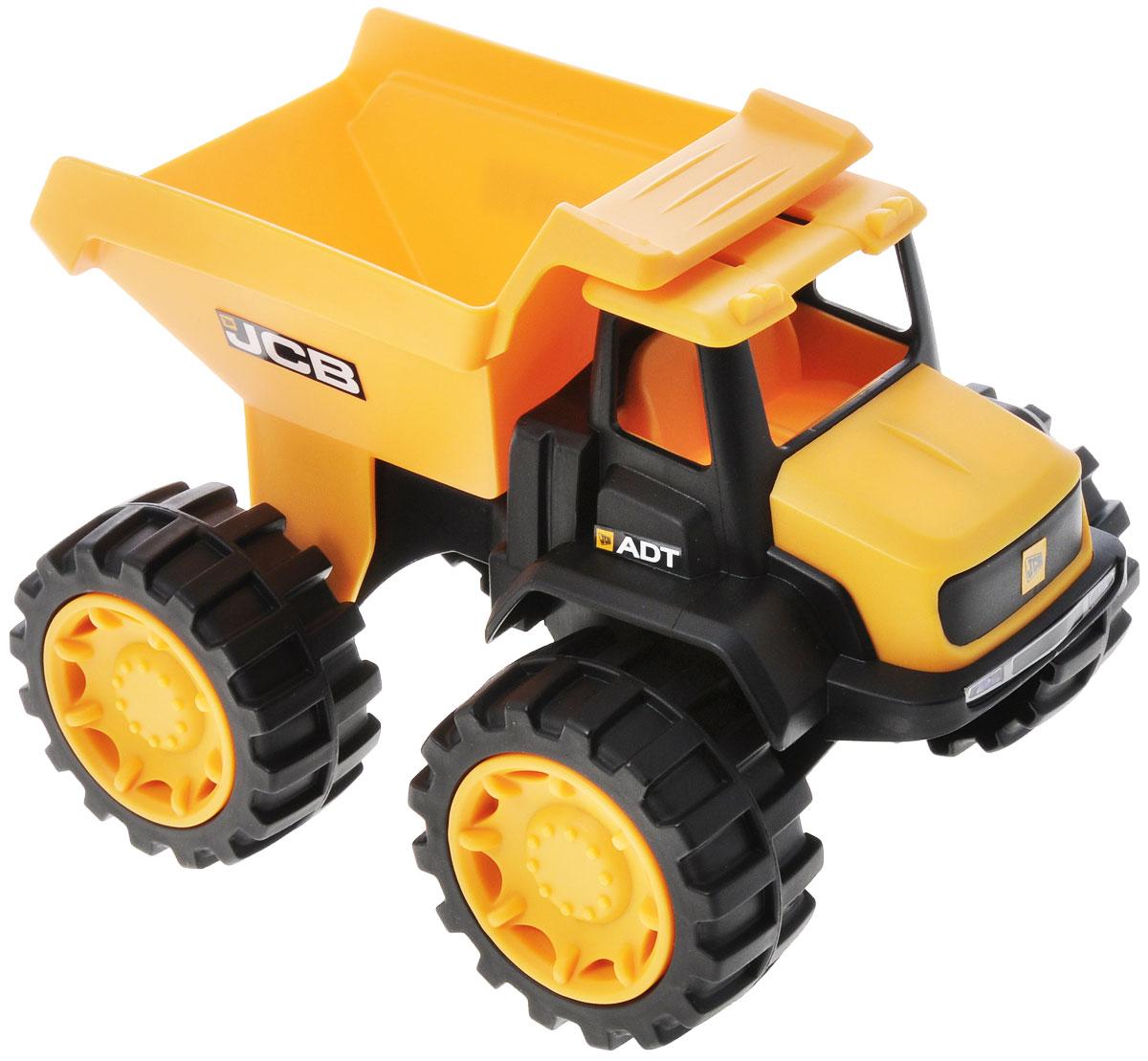 HTI Мини-грузовик JCB1415638.V15Яркий мини-грузовик HTI JCB, изготовленный из прочного безопасного материала желтого и черного цветов, отлично подойдет ребенку для различных игр. Грузовик - прекрасный помощник на строительной площадке. С его помощью можно перевозить камни, песок, ветки и другие грузы. Его кузов поднимается и опускается. Большие колеса с крупным протектором обеспечивают грузовику устойчивость и хорошую проходимость. Ваш юный строитель сможет прекрасно провести время дома или на улице, воспроизводя свою стройку.