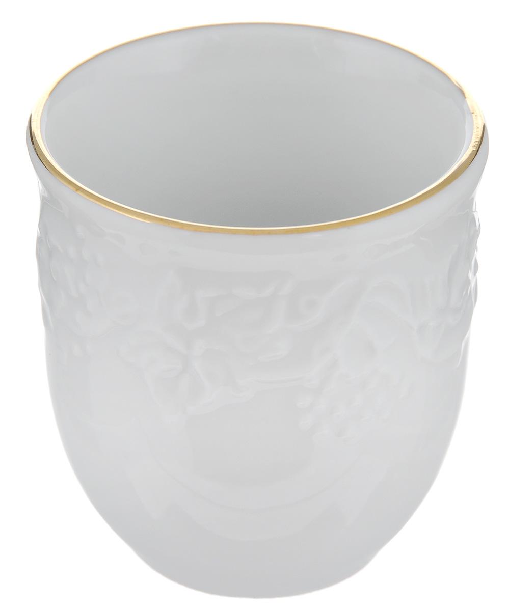 Подставка для зубочисток La Rose Des Sables Vendanges, цвет: белый, золотистый - La Rose Des Sables6 945 381 009Подставка для зубочисток La Rose Des Sables Vendanges, выполненная из высококачественного фарфора, оформлена рельефным изображением цветов. Эксклюзивный дизайн, эстетичность и функциональность подставки сделают ее незаменимым аксессуаром на любой кухне. Прекрасно подойдет для сервировки праздничного стола. Диаметр подставки (по верхнему краю): 4,5 см. Высота подставки: 5 см.