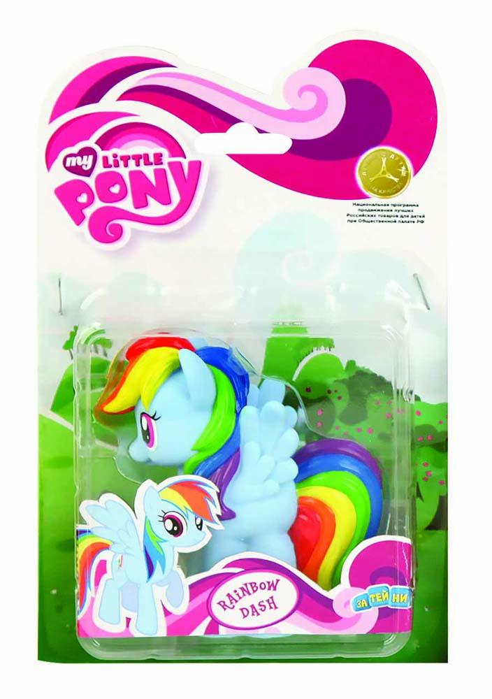 My Little Pony Пластизоль Пони РадугаGT6704Моя Маленькая Пони от Hasbro - это игрушки, созданные по мотивам мультфильма о волшебницах пони и их волшебном мире, где процветают добро и дружба! Маленькие фигурки волшебных пони из мультсериала - настолько миниатюрные, что их можно брать с собой куда захочешь! Каждая фигурка очень точна в исполнении, все детали очень точно прорисованы. Каждая малютка пони украшена фигурными хвостом и гривой. У малышек пони Hasbro много друзей, всех можно купить отдельно. Фигурка Мини-пони Rainbow высотой 9 см, выполненная целиком из пластика.
