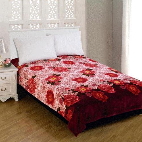 Плед Amore Mio Floral Glade, цвет: белый, розовый, коричневый, 180 х 230 см63245Мягкий, теплый и уютный плед Amore Mio Floral Glade изготовлен из фланели (100% полиэстер). Благодаря своей структуре плед отлично удерживает тепло, не накапливает статическое электричество. Фланель - мягкий материал, гипоаллергенен и экологичен. Благодаря уникальной технологии окрашивания, плед прекрасно отстирывается, не линяет и не скатывается. Изделие легко стирается, быстро сохнет и практически не мнется.