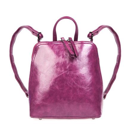 Рюкзак женский Ors Oro, цвет: темная фуксия. D-135D-135/34Стильный женский рюкзак Ors Oro выполнен из экокожи с гладкой глянцевой фактурой, оформлен металлической фурнитурой. Изделие содержит одно отделение, закрывающееся на молнию. Внутри расположены два накладных кармана для телефона и мелочей, карман-средник на молнии и врезной карман на молнии. Снаружи, в задней стенке расположен врезной карман на застежке-молнии. Изделие дополнено практичной петлей для подвешивания и двумя лямками, длина которых регулируется при помощи пряжек. Рюкзак Ors Oro прекрасно дополнит образ и подчеркнет ваш стиль.