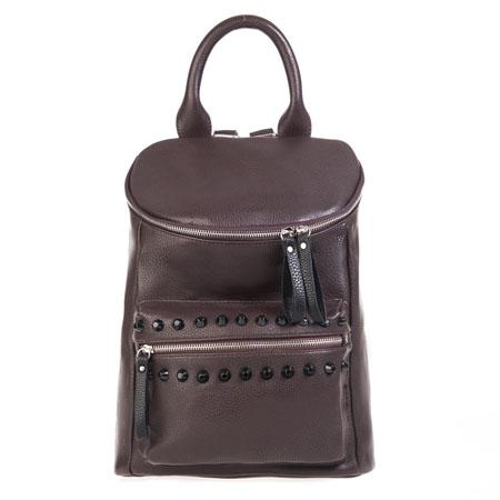Рюкзак женский Ors Oro, цвет: темно-коричневый. D-138D-138Рюкзак выполнен из экокожи. Изделие закрывается застежку-молнию с двумя бегунками. На лицевой стороне - три кармана на застежках-молниях. Один из карманов декорирован черными пластиковыми шипами. Внутри - большое отделение, которое дополнено одним втачным карманом на застежке-молнии и двумя не большими накладными кармашками для телефона и разных мелочей. Изделие оснащено удобными плечевыми лямками, которые регулируются по длине. В этом сезоне этот модный аксессуар поможет вам быть в тренде!