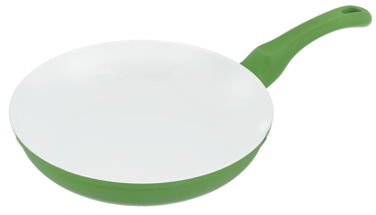 Сковорода Korkmaz Seravita Frypan, с керамическим покрытием, цвет: салатовый, белый. Диаметр 24 смA1540Сковорода Korkmaz Seravita Frypan изготовлена из литого высокопрочного алюминия, который быстро нагревается до высокой температуры и равномерно распределяет тепло по всем поверхностям. Керамическое покрытие позволяет нагреваться сковороде до +450°С. Изделие не выделяет токсичных паров при готовке, не содержит тяжелых металлов (таких как свинец и кадмий), его легко мыть и хранить. Сковорода оснащена бакелитовой ручкой с покрытием Soft-touch. При готовке на керамическом покрытии пища не пристает и не пригорает, а масла требуется вдвое меньше по сравнению с другими покрытиями, что позволяет приготовить здоровую, вкусную и полезную пищу без лишних жиров и оксидантов. Можно использовать на газовых, электрических, стеклокерамических плитах. Не подходит для индукционных плит. Можно мыть в посудомоечной машине. Внутренний диаметр: 24 см. Высота стенки: 5,4 см. Толщина стенки: 0,3 см. Толщина дна: 0,4 см. Длина ручки: 17 см.