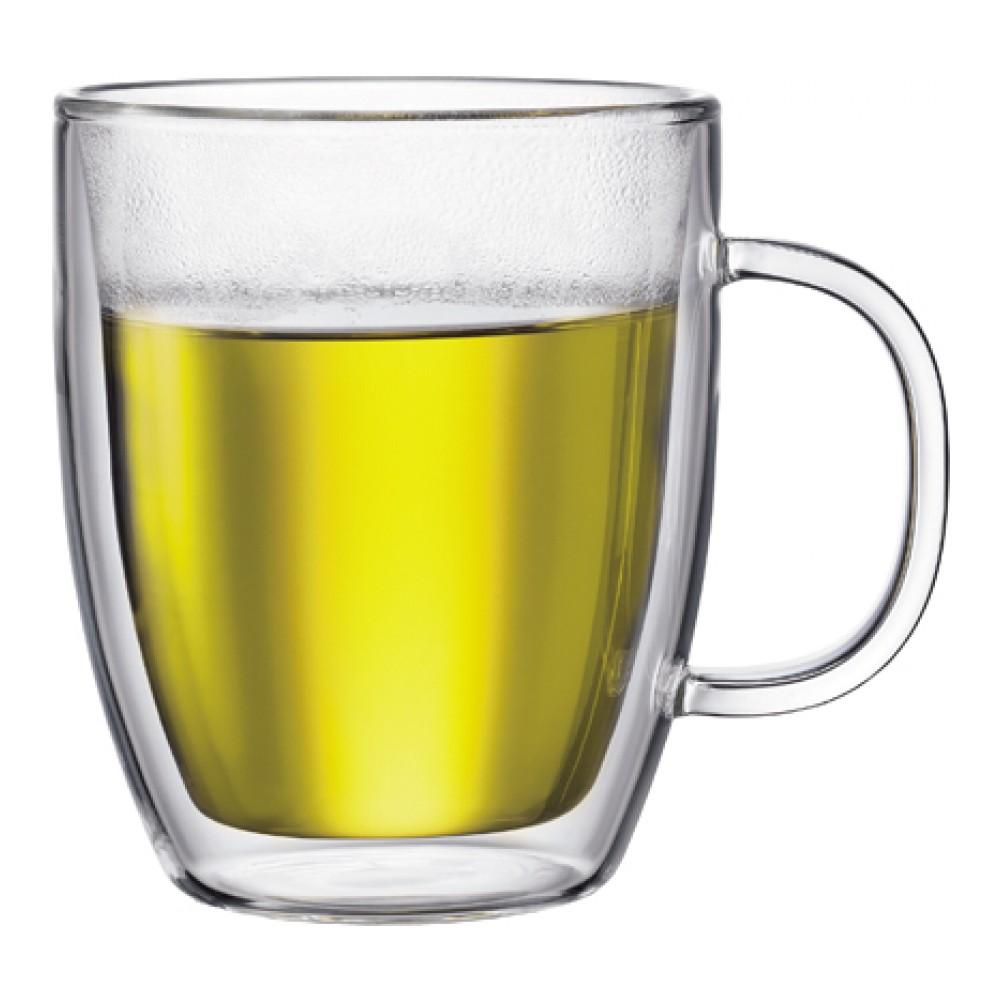 Набор термокружек Bodum Bistro, 451 мл, 2 шт10606-10Набор Bodum Bistro состоит из двух термокружек, выполненных из боросиликатного стекла ручной работы. Подходит для горячих и холодных напитков. Изделие имеет двойные стенки: слой воздуха, создающий вакуум между двумя слоями стекла, долго сохраняет температуру напитка. Таким образом, ваше пиво или мартини будет холодным, а глинтвейн, капучино или чай - горячим. Кроме того, невозможно обжечься, так как внешние стенки термокружек не нагреваются. Такой набор термокружек станет полезным приобретением для кухни и позволит наслаждаться вашими любимыми напитками. Можно мыть в посудомоечной машине, ставить в СВЧ и холодильник. Диаметр (по верхнему краю): 10 см. Высота стенки: 12 см.