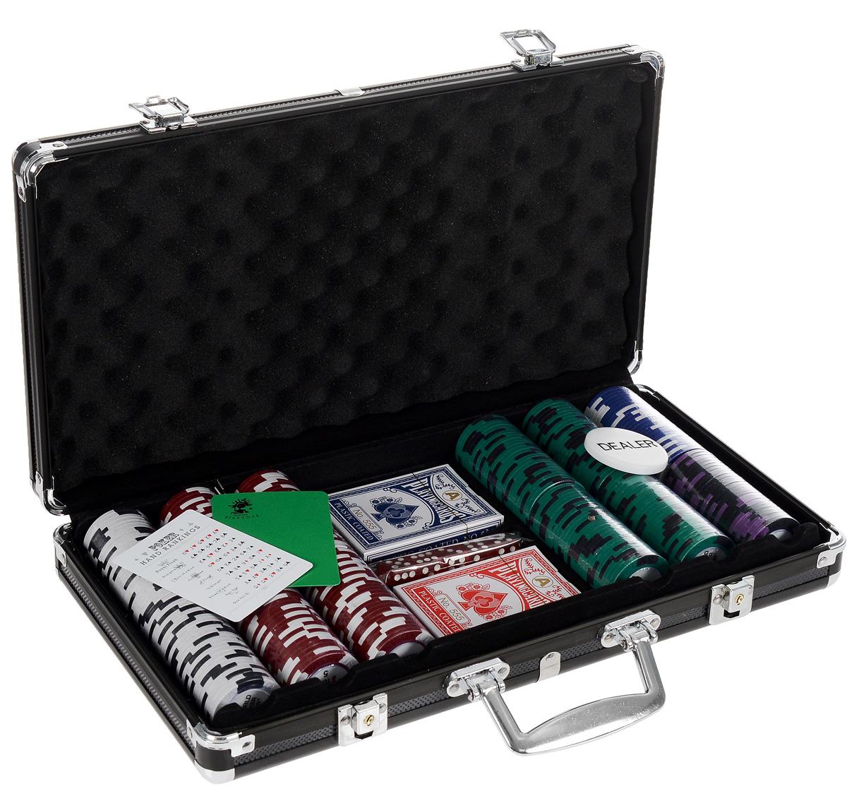 Набор для покера Nightman WPT 300, размер: 70х237х405 мм. УТ-00000459УТ-00000459Набор для игры в покер - то, что нужно для отличного проведения досуга. Набор состоит из двух колод игральных карт, 300 игровых пластиковых фишек c номиналами, фишки Dealer, подрезной карты, кубиков и карточки с комбинациями. Набор фишек состоит из 50 фишек белого цвета номиналом 1, 100 фишек красного цвета номиналом 5, 100 фишек зеленого цвета номиналом 25, 25 фишек синего цвета номиналом 50, 25 фишек черно цвета номиналом 100. Предметы набора хранятся в черном металлическом кейсе, который закрывается на ключик. Для удобства переноски на кейсе имеется ручка. Такой набор станет отличным подарком для любителей покера. Покер (англ. poker) - карточная игра, цель которой - выиграть ставки, собрав как можно более высокую покерную комбинацию, используя 5 карт, или вынудив всех соперников прекратить участвовать в игре. Игра идет с полностью или частично закрытыми картами. Покер как карточная игра существует более 500 лет. Зародился он в Европе: в Испании,...