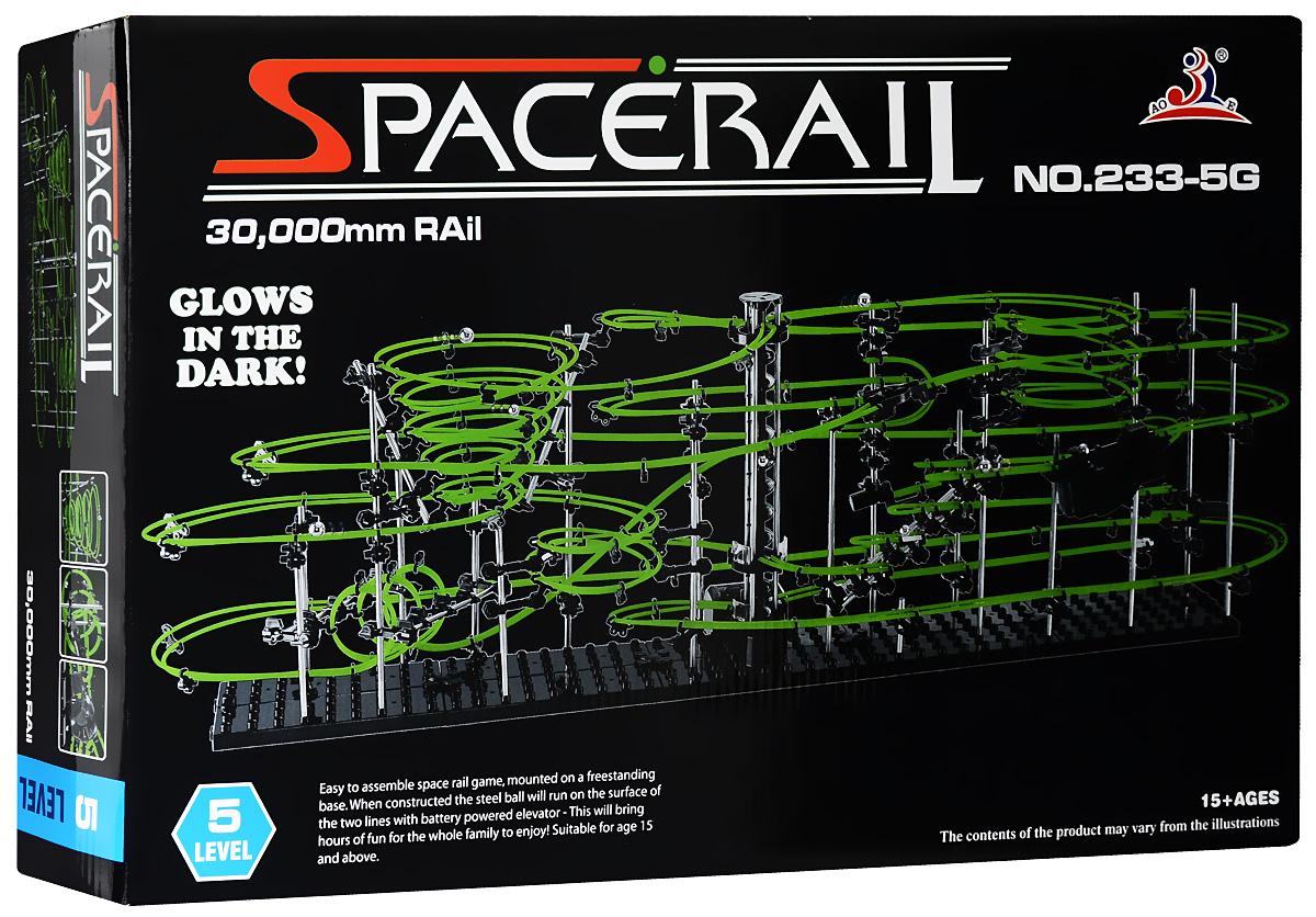 Space Rail Конструктор Glow In The Dark уровень 5 3000 см233-5GКонструктор Space Rail - космическая трасса, представляет собой отличную пространственную головоломку, которая увлечет всю семью от мала до велика! Процесс сборки доставит удовольствие и детям, и родителям, а запуск космической трассы приведет всех в восторг. Вы сможете построить захватывающие дороги и сами задать траектории, по которым стремительно будут проноситься металлические шарики. Это интереснейший аттракцион, напоминающий американские горки, за которым можно наблюдать часами. Особенностью данного конструктора является наличие светящейся в темноте трассы. Сборка конструктора поможет ребенку развить пространственное мышление и фантазию. Собранная модель станет изюминкой вашего дома и привлечет внимание окружающих. Вы и ваш ребенок сможете гордиться тем, что самостоятельно собрали такой аттракцион. Длина трассы: 3000 см. Для работы игрушки необходима 1 батарейка типа С (не входит в комплект).