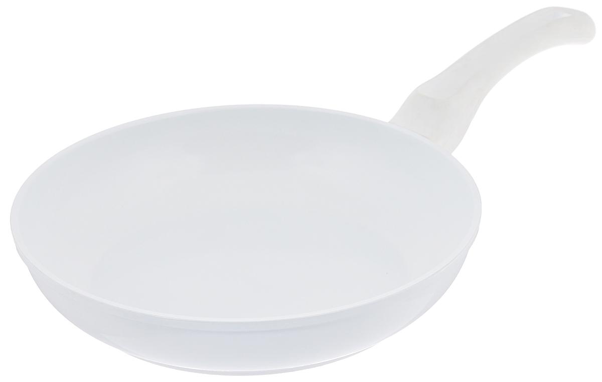 Сковорода Korkmaz Seravita Frypan, с керамическим покрытием, цвет: белый. Диаметр 24 смA1540_белыйСковорода Korkmaz Seravita Frypan изготовлена из литого высокопрочного алюминия, который быстро нагревается до высокой температуры и равномерно распределяет тепло по всем поверхностям. Керамическое покрытие позволяет нагреваться сковороде до +450°С. Изделие не выделяет токсичных паров при готовке, не содержит тяжелых металлов (таких как свинец и кадмий), его легко мыть и хранить. Сковорода оснащена бакелитовой ручкой с покрытием Soft-touch. При готовке на керамическом покрытии пища не пристает и не пригорает, а масла требуется вдвое меньше по сравнению с другими покрытиями, что позволяет приготовить здоровую, вкусную и полезную пищу без лишних жиров и оксидантов. Можно использовать на газовых, электрических, стеклокерамических плитах. Не подходит для индукционных плит. Можно мыть в посудомоечной машине. Внутренний диаметр: 24 см. Высота стенки: 5,4 см. Толщина стенки: 0,3 см. Толщина дна: 0,4 см. Длина ручки: 17 см.