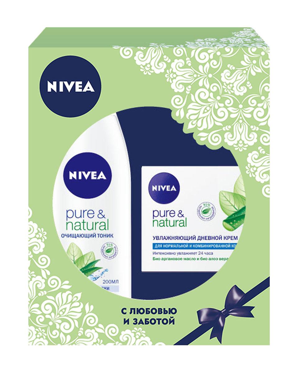 Nivea Подарочный набор для женщин Натуральная красота: Очищающий тоник Pure & Natural 200мл, Увлажняющий дневной крем Pure & Natural 50мл.100574780332Правильное очищение является основой здоровья и красоты кожи. Очищающий тоник NIVEA Pure & Natural для лица содержит натуральные ингредиенты органического происхождения — аргановое масло и экстракт алоэ вера, которые мягко воздействуют на кожу, деликатно устраняя даже самые сильные загрязнения и макияж. Ежедневное использование очищающего тоника NIVEA Pure & Natural для лица обеспечивает очищение и тонизирование кожи, делая ее гладкой и сияющей! Как это работает Масло арганового дерева сегодня добывается лишь в одном уголке мира — природном заповеднике в Марокко. Аргановое масло знаменито высоким содержанием витамина Е (в три раза больше, чем в оливковом масле) и полиненасыщенных кислот. Мощный природный антиоксидант, аргановое масло является идеальным средством ухода за кожей. Питательные, увлажняющие и разглаживающие свойства арганового масла высоко ценятся во всем мире. Увлажняющий дневной крем...