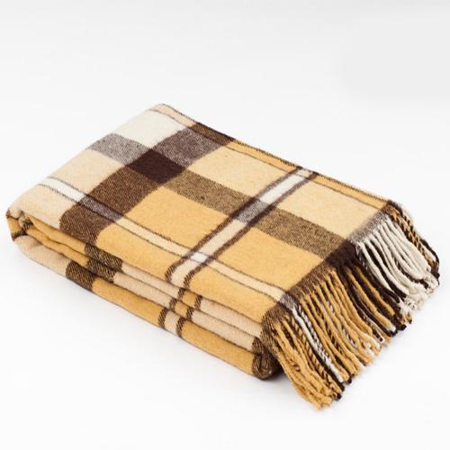Плед Buenas Noches, цвет: белый, желтый, черный, 140 х 200 см64339Плед Buenas Noches - это идеальное решение для вашего интерьера! Он порадует вас легкостью, нежностью и оригинальным дизайном! Плед выполнен из шерсти альпака и мериноса. Натуральная шерсть надолго сохраняет эластичность волокон, упругость и цвет. Изделия из натуральной пряжи легки, гигроскопичны, долговечны, а также обладают прекрасными лечебными свойствами и помогают снизить усталость. Плед - это такой подарок, который будет всегда актуален, особенно для ваших родных и близких, ведь вы дарите им частичку своего тепла! Мягкий, теплый, уютный шерстяной плед торговой марки Buenas Noches — защитит от холодов, подарит радость нежнейших прикосновений и реальный лечебный эффект!