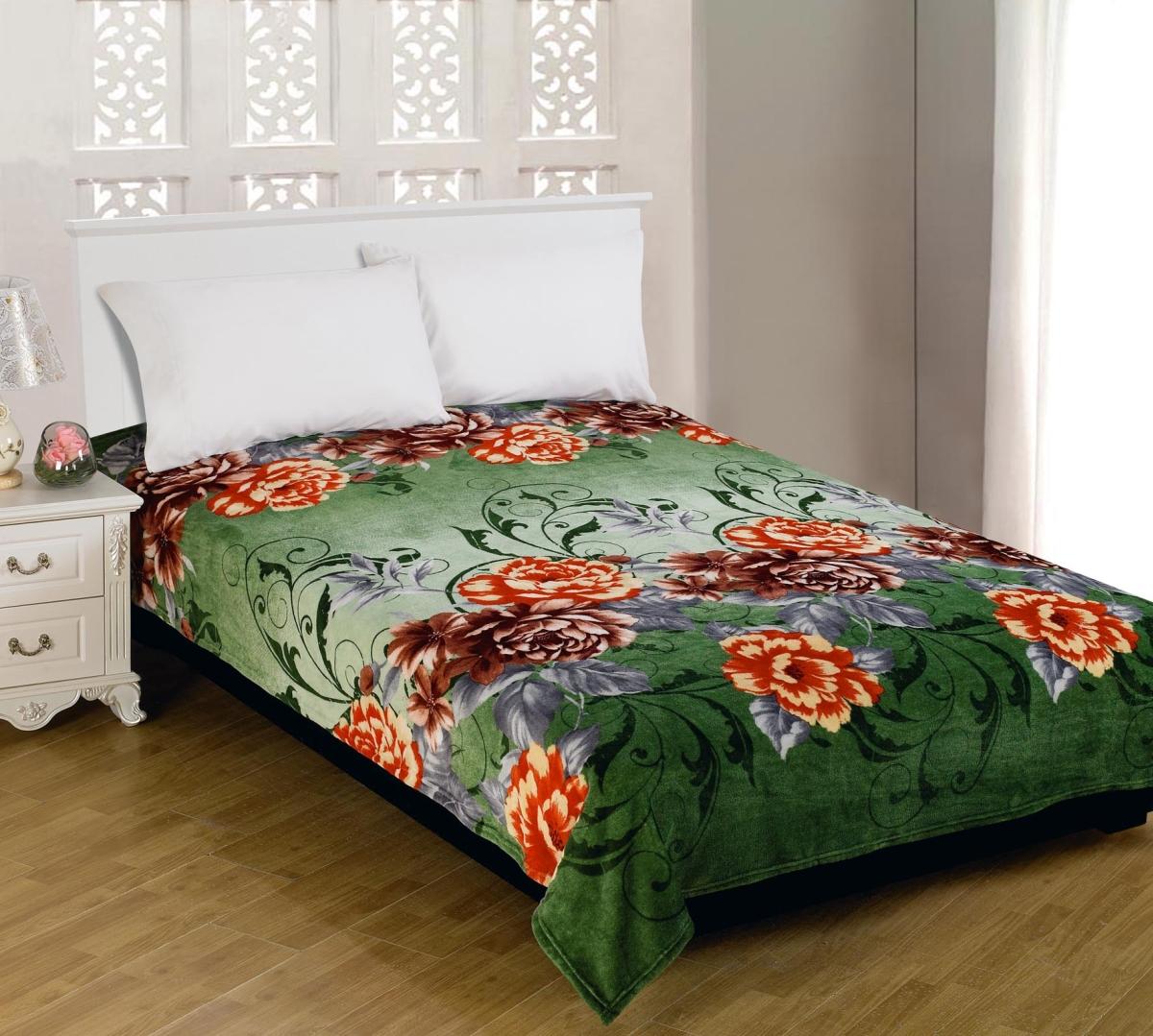 Плед Amore Mio Glamour, цвет: зеленый, желтый, коричневый, 150 х 200 см63223Мягкий, теплый и уютный плед Amore Mio Glamour изготовлен из фланели (100% полиэстер). Благодаря своей структуре плед отлично удерживает тепло, не накапливает статическое электричество. Фланель - мягкий материал, гипоаллергенен и экологичен. Благодаря уникальной технологии окрашивания, плед прекрасно отстирывается, не линяет и не скатывается. Изделие легко стирается, быстро сохнет и практически не мнется.