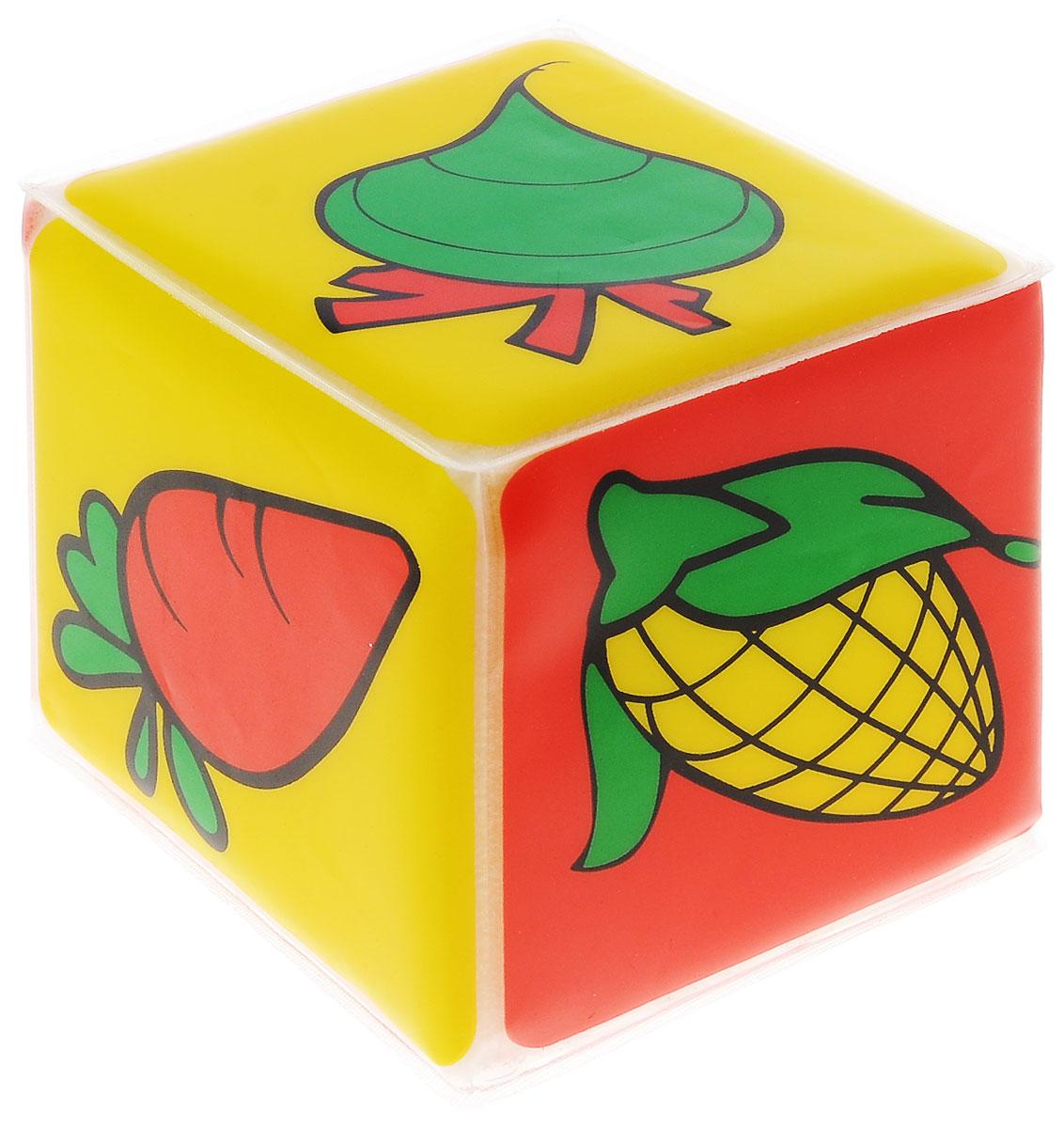 Курносики Игрушка-кубик с пищалкой Мир вокруг тебя27076Яркая игрушка-кубик Курносики Мир вокруг тебя заинтересует вашего малыша и не позволит ему скучать. Игрушка выполнена из мягкого безопасного для ребенка материала. На сторонах кубика изображены различные овощи: помидор, перец, редис, кукуруза, морковь, тыква. Внутри кубика спрятана пищалка. Малышу понравиться сжимать кубик, который будет издавать при этом негромкий звук. Игрушка-кубик поможет ребенку развить цветовое и звуковое восприятия, мелкую моторику рук и тактильные ощущения.