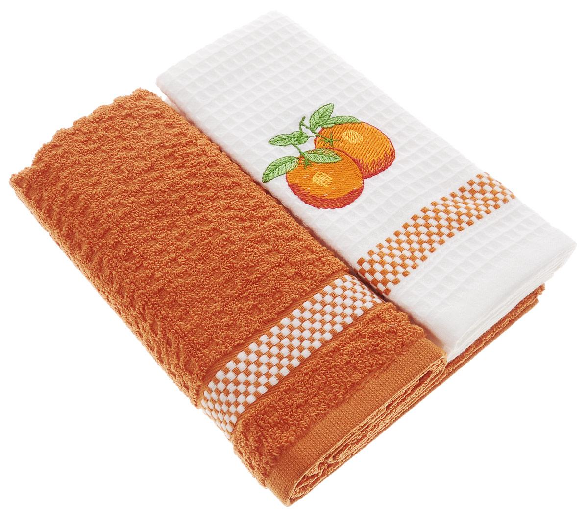 Набор кухонных полотенец Mariposa Апельсин, 45 х 70 см, 2 шт55696Набор Mariposa Апельсин состоит из двух кухонных полотенец (1 махрового и 1 вафельного), выполненных из натурального экологически чистого хлопка. Качество материала гарантирует безопасность не только взрослых, но и самых маленьких членов семьи. Одно из полотенец оформлено яркой вышивкой апельсинов. Наборы кухонных полотенец Mariposa идеально дополнят интерьер вашей кухни и создадут атмосферу уюта и комфорта. Mariposa - интерьер и практичность современной кухни! В коллекции Mariposa вы найдете все, что сделает интерьер вашей кухни стильным и гармоничным. Коллекция Mariposa станет незаменимым оформлением и практичной деталью, как дома, так и на пикнике. Вы сможете подобрать изысканные полотенца и наборы, стильные скатерти. Коллекция украшена яркими рисунками в разных стилях, это, несомненно, поможет вам создавать каждый день новое настроение на кухне и дарить вкусную радость вашим близким.