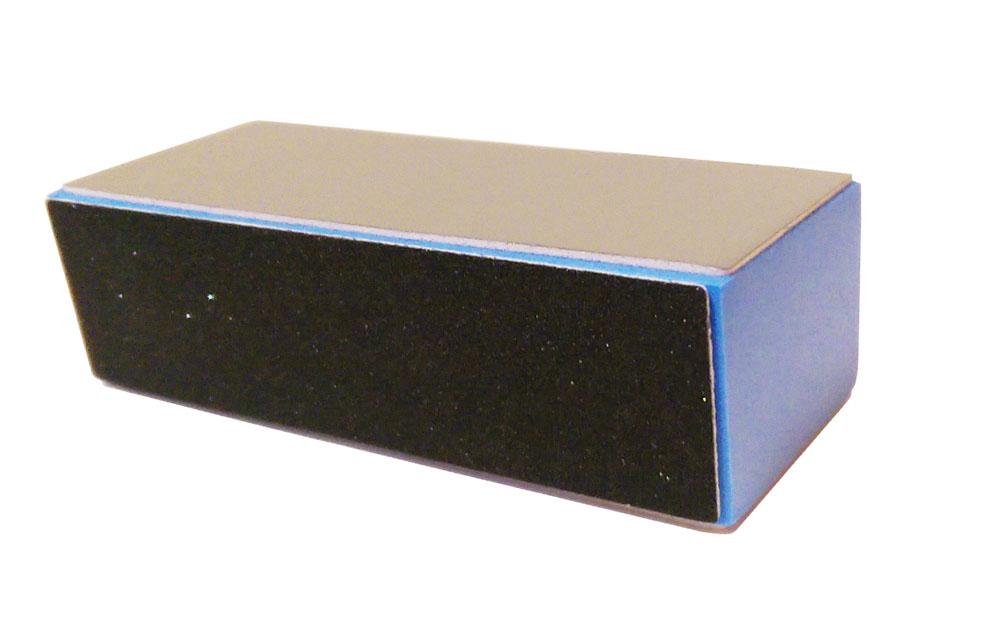 Sophin Пилка маникюрная 500B500BПрофессиональная пилка на пластиковой основе. Позволяет максимально быстро убрать длину искусственных ногтей, удобна для проведения коррекции. Пилку можно дезинфицировать в жидких растворах.