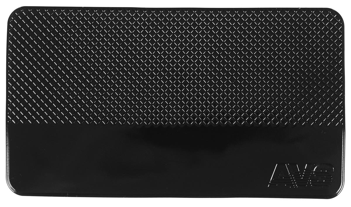 Коврик противоскользящий AVS, 14 см х 8 см43186Противоскользящий нано коврик AVS прямоугольной формы надежно удержит ваш мобильный телефон, MP3, GPS или очки на приборной панели. Благодаря специальной структуре поверхности, препятствует соскальзыванию предметов при движении автомобиля. Нано коврик фиксирует предметы даже на наклонных поверхностях с углом наклона 60°-90°. На горизонтальных поверхностях удерживающий эффект усиливается. Удерживает любые предметы без использования клея или магнита: телефон, ключи, документы, кошелек и другие вещи автомобилиста. Коврик изготовлен из абсолютно безвредного полиуретана. Стильный и удобный, прост в установке и использовании. Размещается без использования каких-либо клеящих средств. Устойчив к температурному воздействию и ультрафиолетовому излучению. Не липкий, не собирает пыль и грязь.