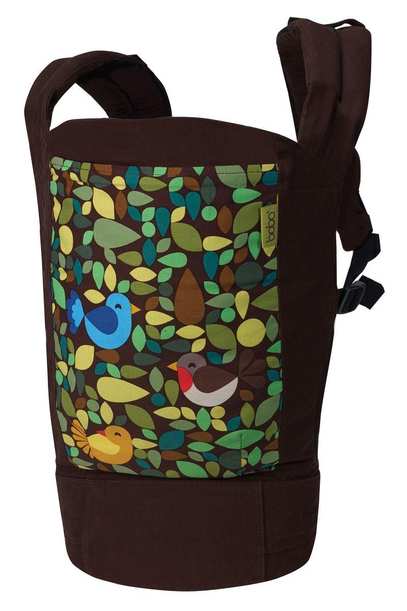 Boba Эрго-рюкзак Carrier 4G Tweetb-car-tweet• Подходит для детей весом от 3,5 до 20 кг. К каждому рюкзаку прилагается специальная отстегивающаяся вставка на кнопках, с помощью которой можно носить самых маленьких малышей в правильной «М» позиции. • Рассчитан на родителей ростом от 150 до 190 см. • Большой крепкий пояс с диапазоном ширины от 60 см до 150 см. Отлично регулируется. Можно носить на талии и на бедрах. • Возможность ношения ребенка в положении спереди (на животе) и сзади (на спине). • Мягкие плечевые лямки с удобно регулируемой соединительной стропой со скользящим слайдером. • Запатентованные съемные стремена с возможностью регулировки, созданные для обеспечения позы лягушки подросшим деткам (правильное разведение ножек в положении «коленочки выше попы»). Также детские ножки, вставленные в стремена, не бьют несущего родителя по бедрам или ногам. • Капюшон на кнопках с возможностями регулирования в длину. Когда капюшон не используется, его можно убрать в специальный кармашек на спинке рюкзака или просто отстегнуть....