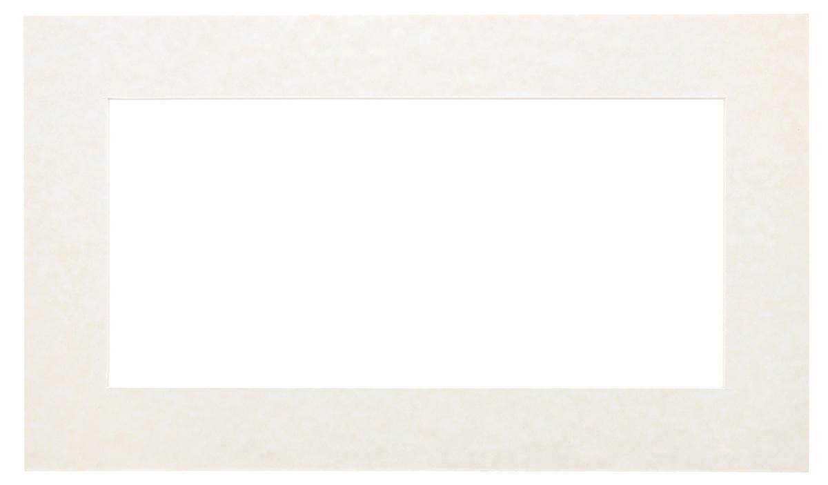 Паспарту Василиса, цвет: молочный, 14 х 30 см581088Паспарту Василиса, изготовленное из плотного картона, предназначено для оформления художественных работ и фотографий. Оно располагается между багетной рамой и изображением, делая акцент на фотографии, усиливая ее визуальное восприятие. Кроме того, на паспарту часто располагают поясняющие подписи, автограф изображенного. Внешний размер: 22 см х 38 см. Внутренний размер: 14 см х 30 см.