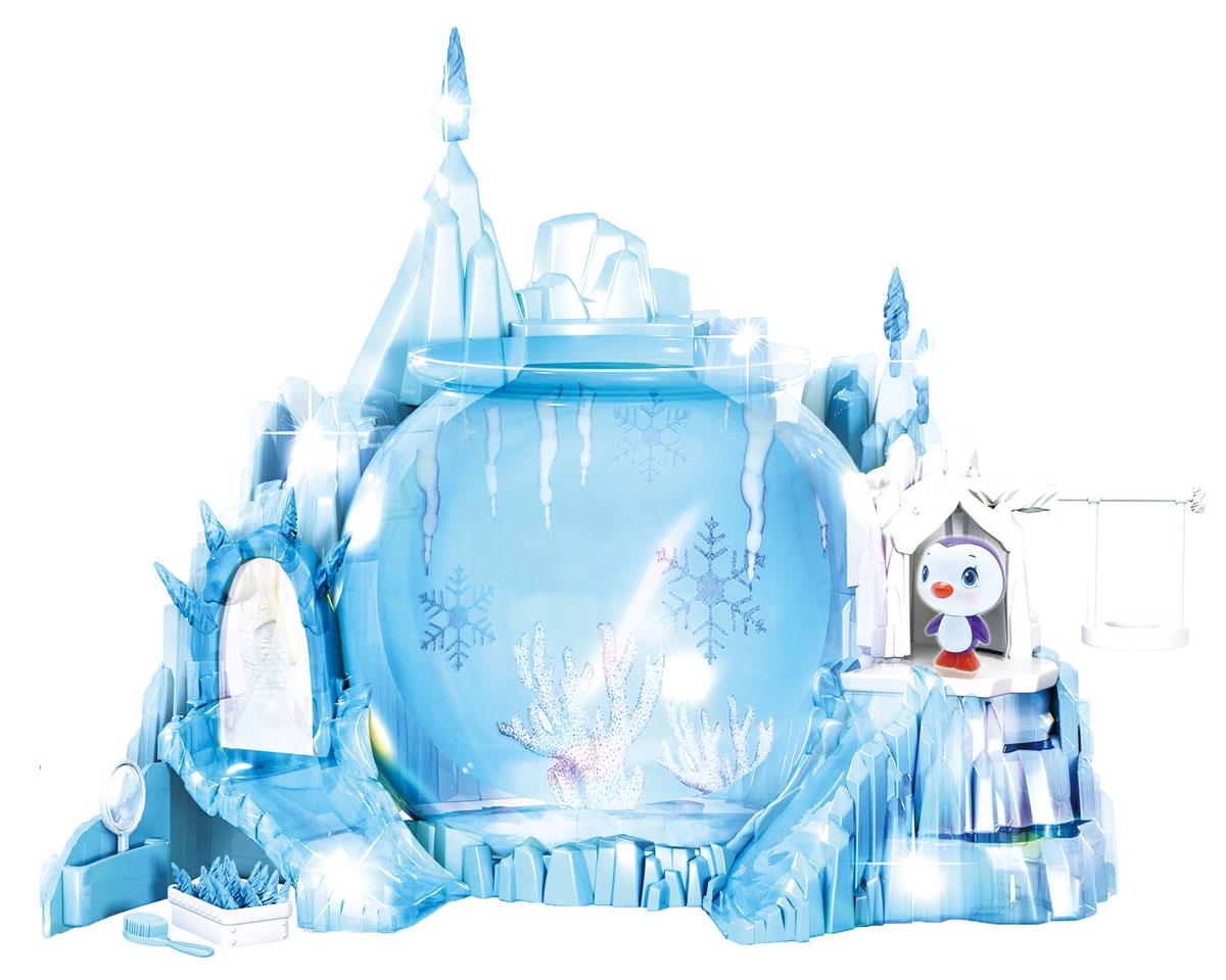 Redwood Большой набор Северное Сияние152293- Замок в виде бирюзового айсберга с ледяными вершинами светится, переливаясь разными цветами. - Аквариум нужно наполнить водой и поставить на подставку в передней части замка. - Русалочка плавает, ныряя на глубину и поднимаясь к поверхности воды, кружится и делает сальто под водой. Траектория движения зависит от наклона хвоста. - В замке есть Трон Снежной королевы с зеркалом и ступенями, качели, ледяная горка. -Под троном за дверцей расположен тайник для сокровищ русалочки. В наборе: Замок со подсветкой, аквариум , танцующая русалочка Кристел,Пингвиненок, качели, зеркало, расческа, ожерелье, игрушечные бриллианты, стикеры для аквариума. Для работы русалочки требуется 1 батарейка ААА. Для замка требуется 3 батарейки АА. Батарейки в комплект не входят.