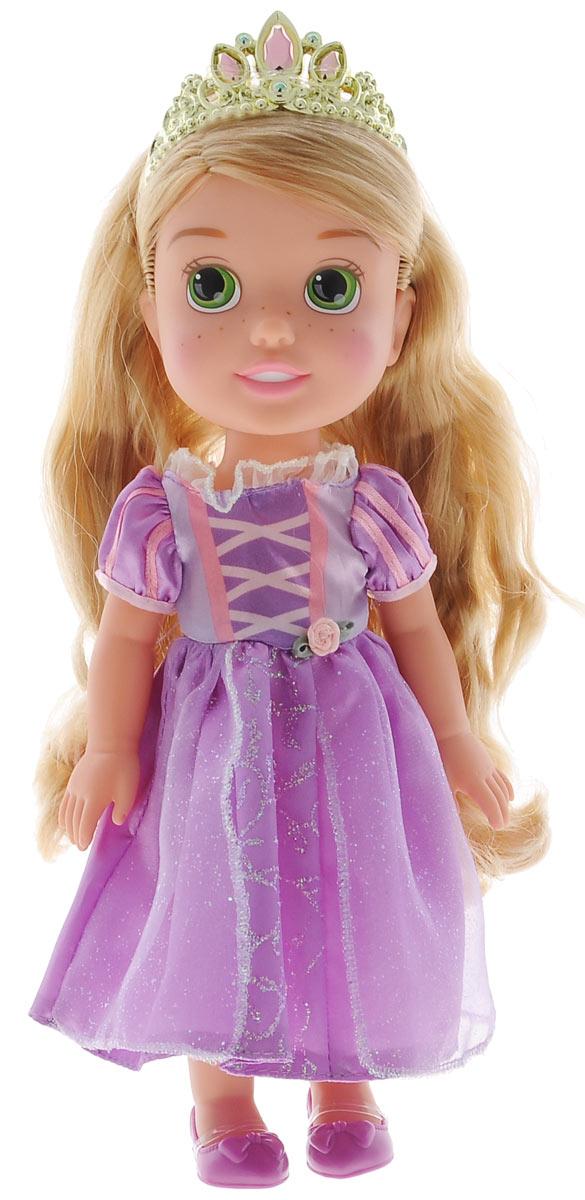Disney Princess Кукла Малышка Рапунцель цвет платья сиреневый770Кукла Disney Princess Toddler Rapunzel - прекрасная принцесса, которая обязательно понравится вашей дочурке. Туловище куклы выполнено из высококачественного пластика; голова, ручки и ножки подвижны. Принцесса одета в красивое лиловое платье, украшенное блестками, на ножках туфельки. Кукла имеет длинные мягкие волосы, которые можно заплетать в различные прически. На голове королевская тиара. Такая куколка очарует вас и вашу дочурку с первого взгляда! Ваша малышка с удовольствием будет играть с принцессой, проигрывая сюжеты из мультфильма или придумывая различные истории. Порадуйте свою дочурку таким замечательным подарком!